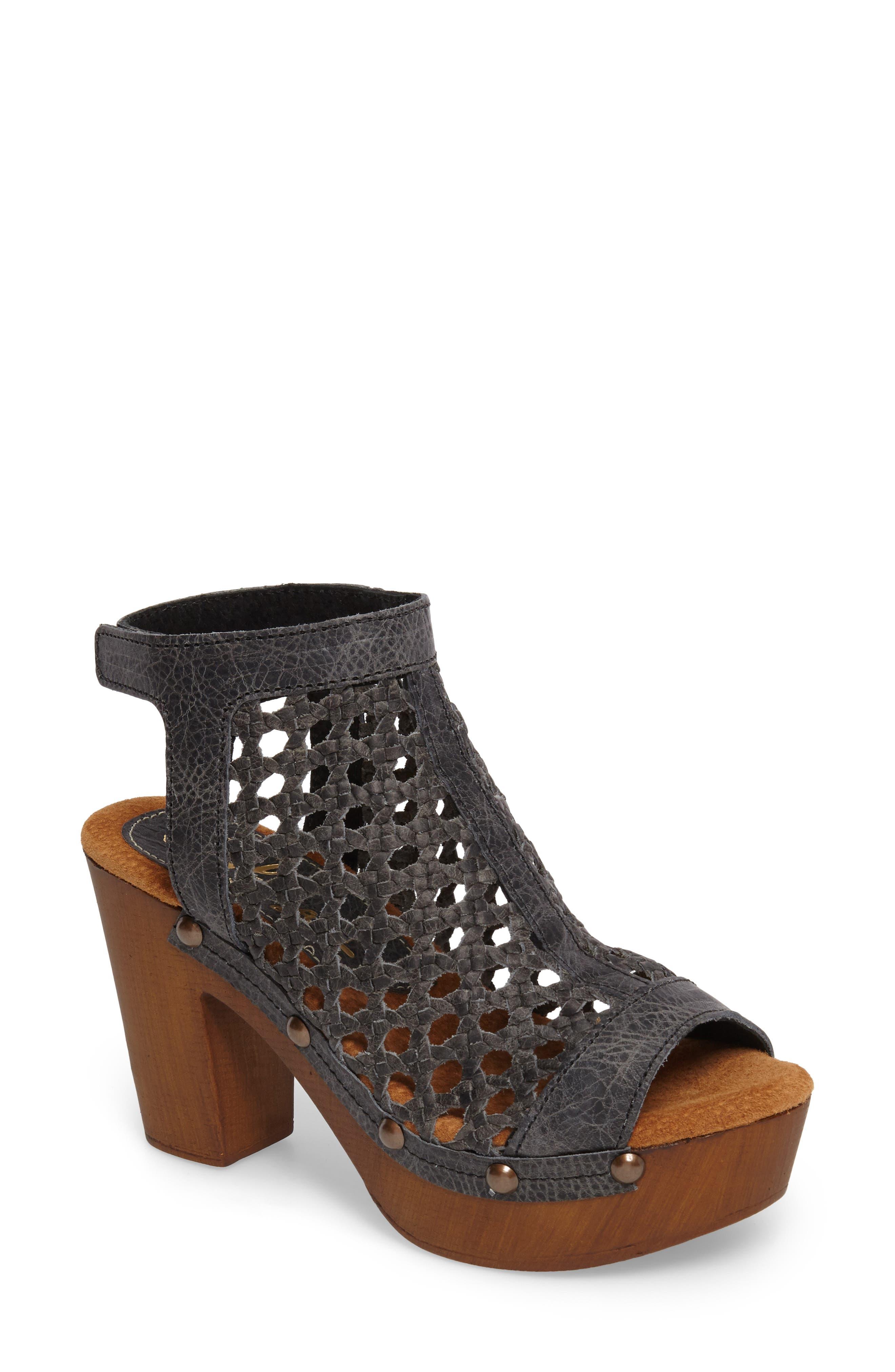 Alternate Image 1 Selected - Sbicca Outlast Woven Sandal (Women)