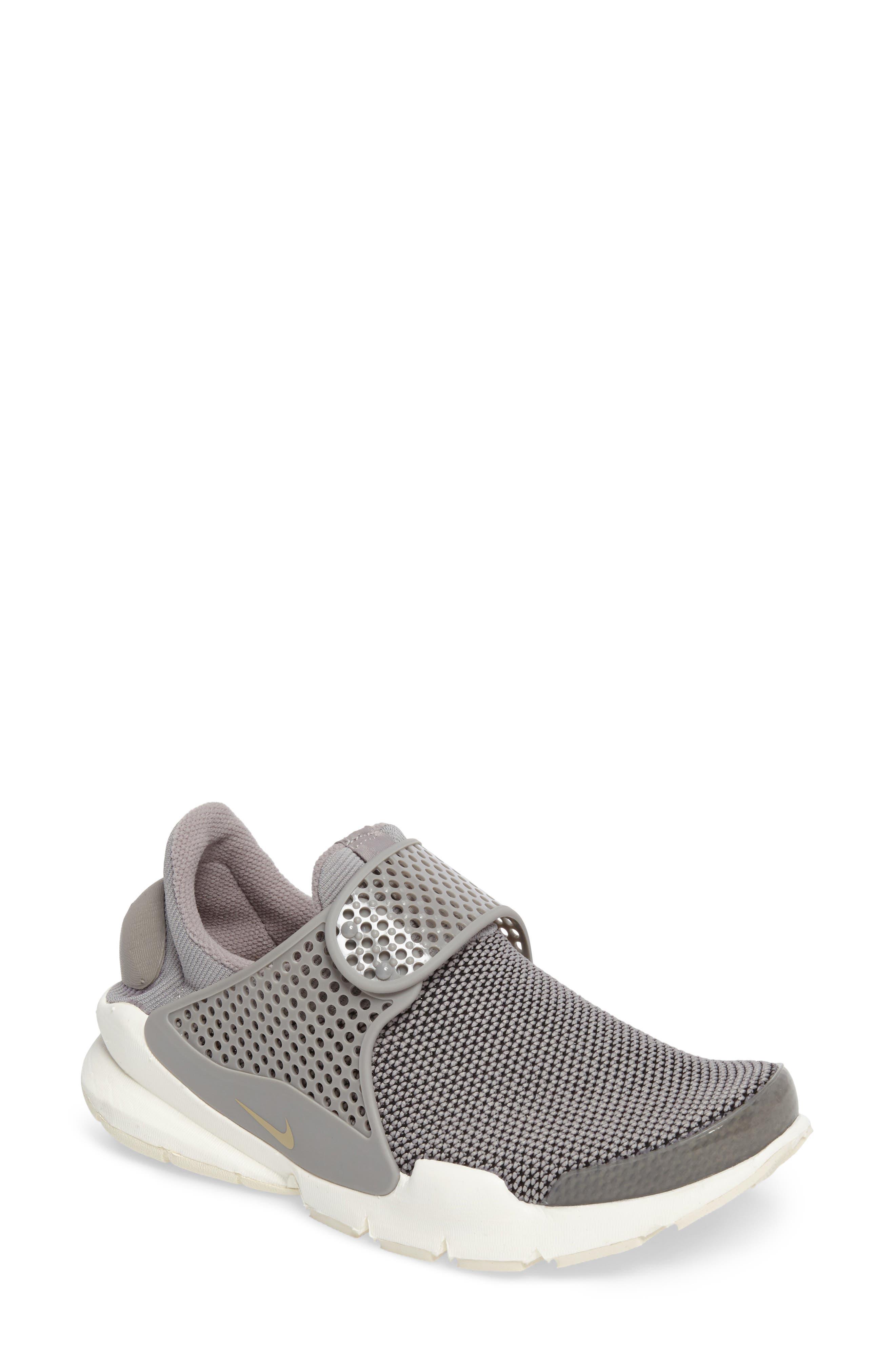 Nike Sock Dart Sneaker (Women)