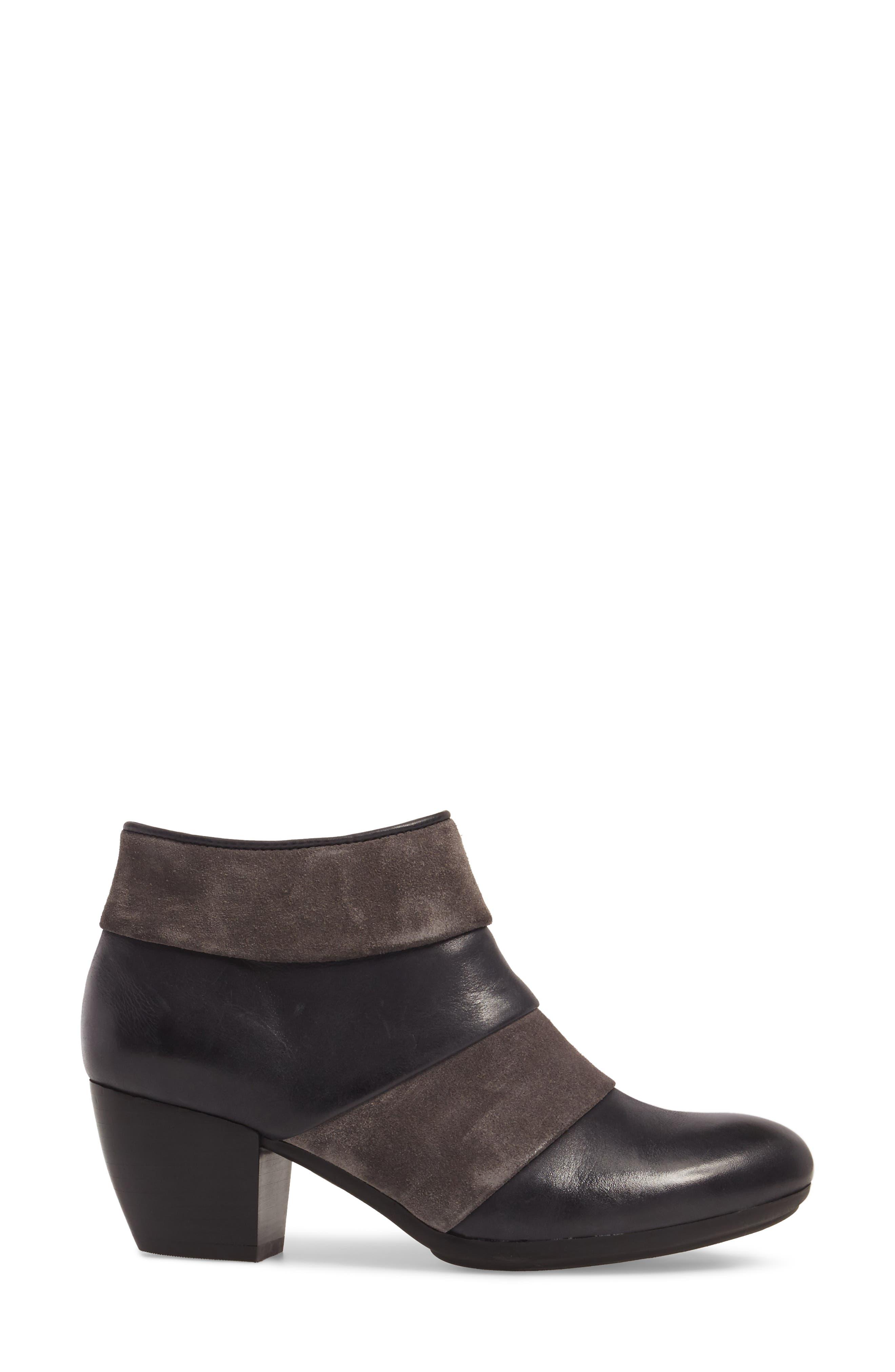 Amesbury Colorblock Bootie,                             Alternate thumbnail 3, color,                             Black/ Steel Grey Leather