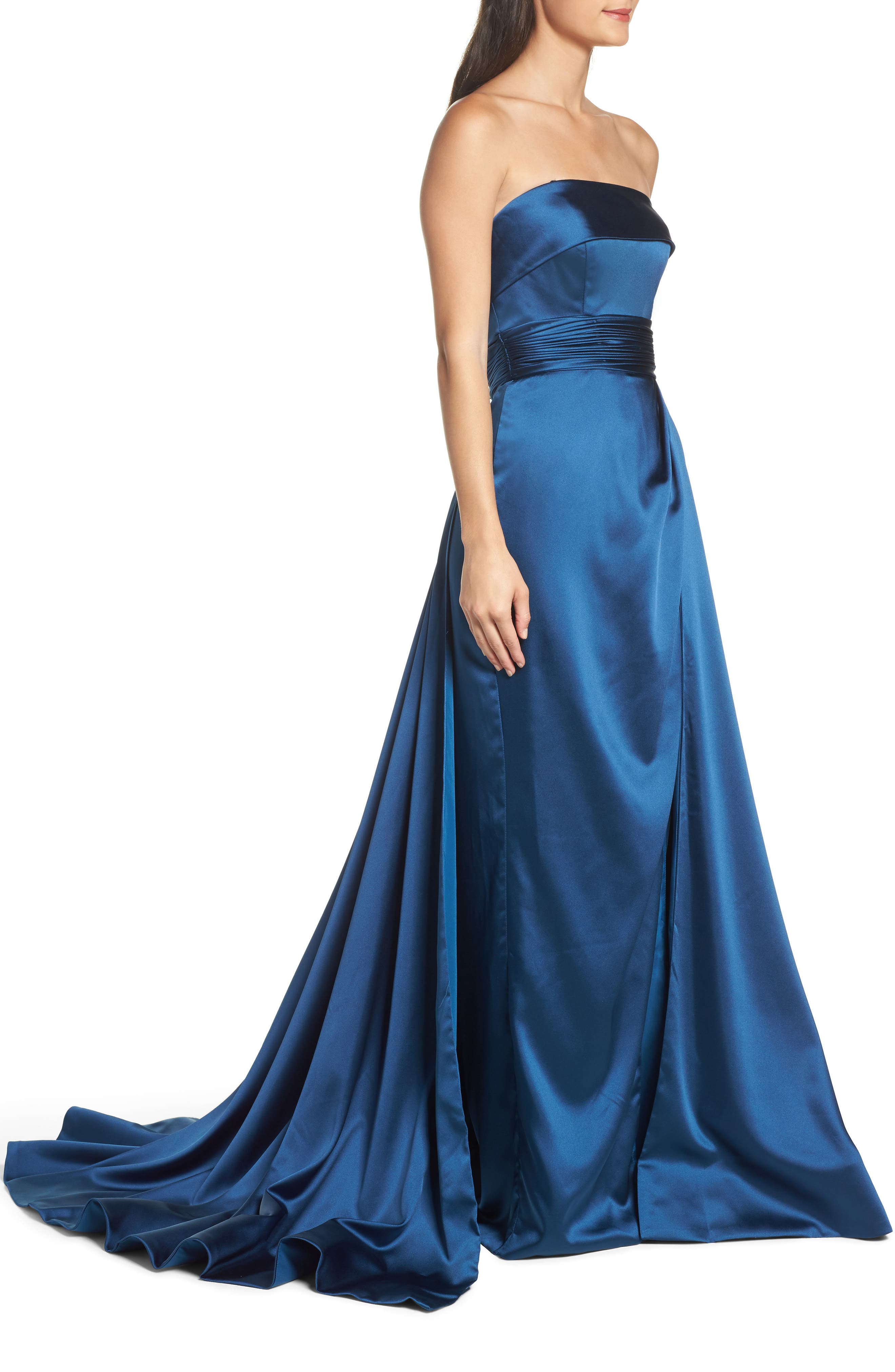 Alternate Image 3  - Mac Duggal Ruched Strapless Satin Gown