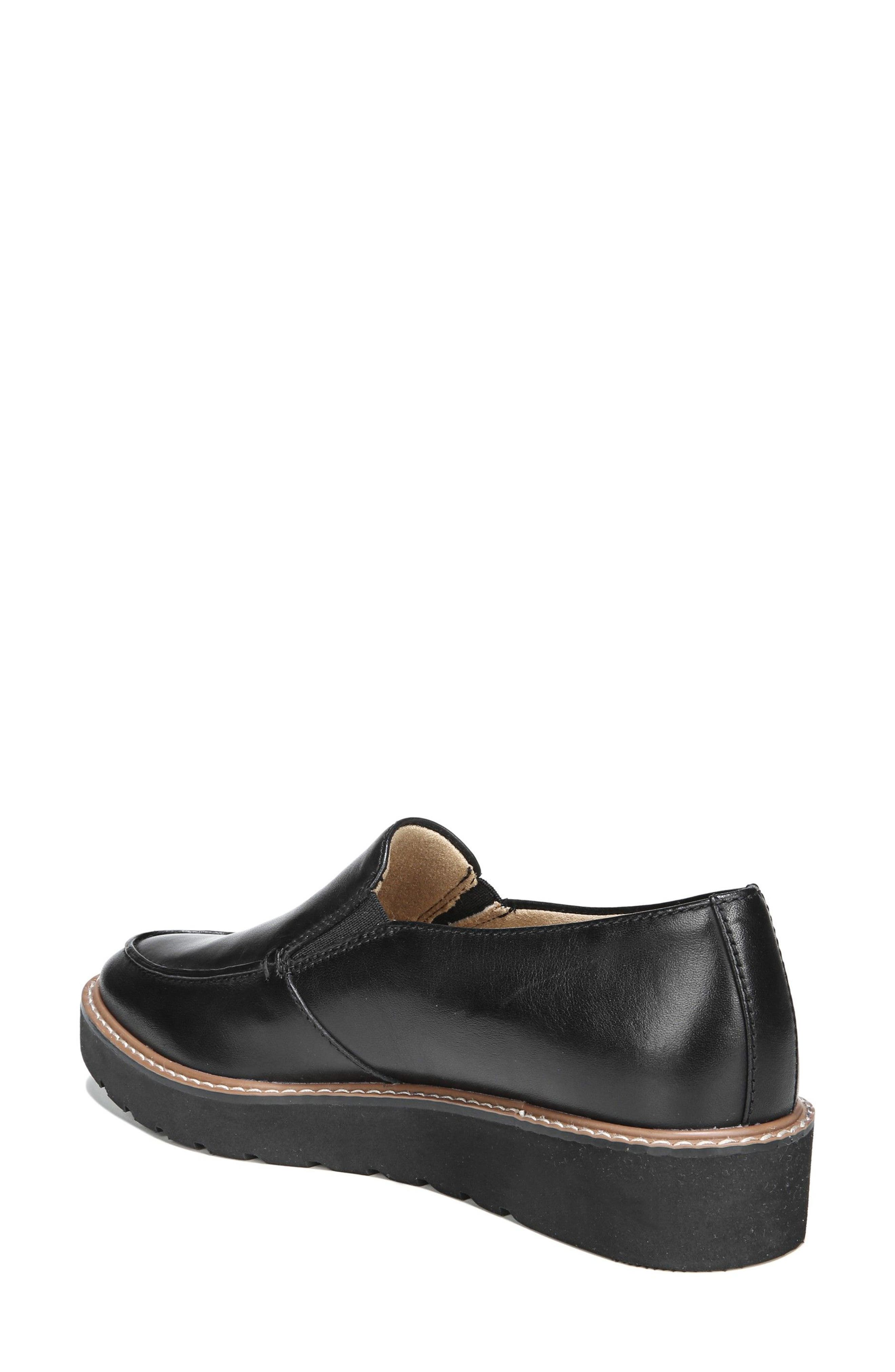 Alternate Image 2  - Naturalizer Aibileen Loafer (Women)