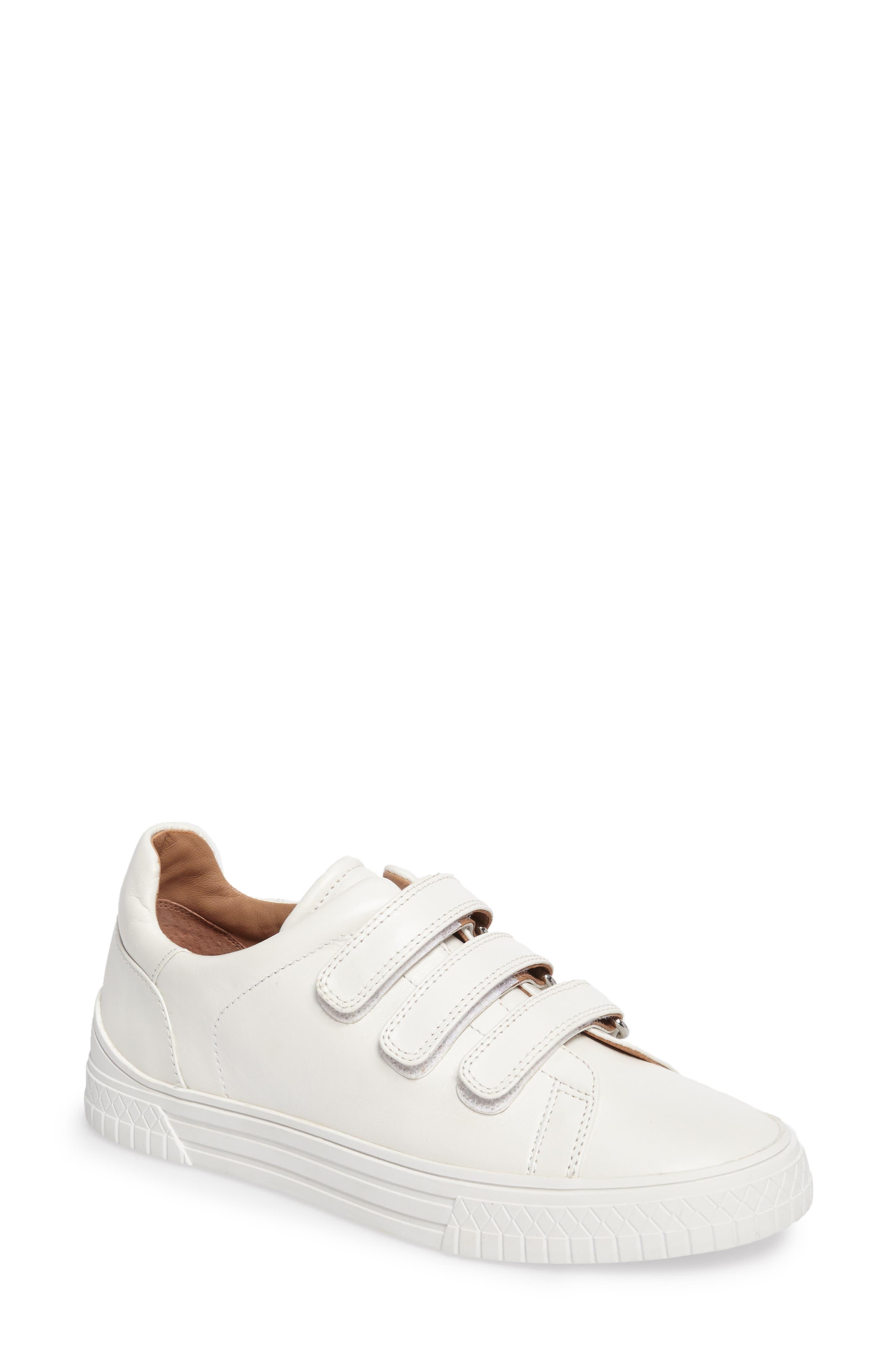 Linea Paolo Grace Sneaker (Women)