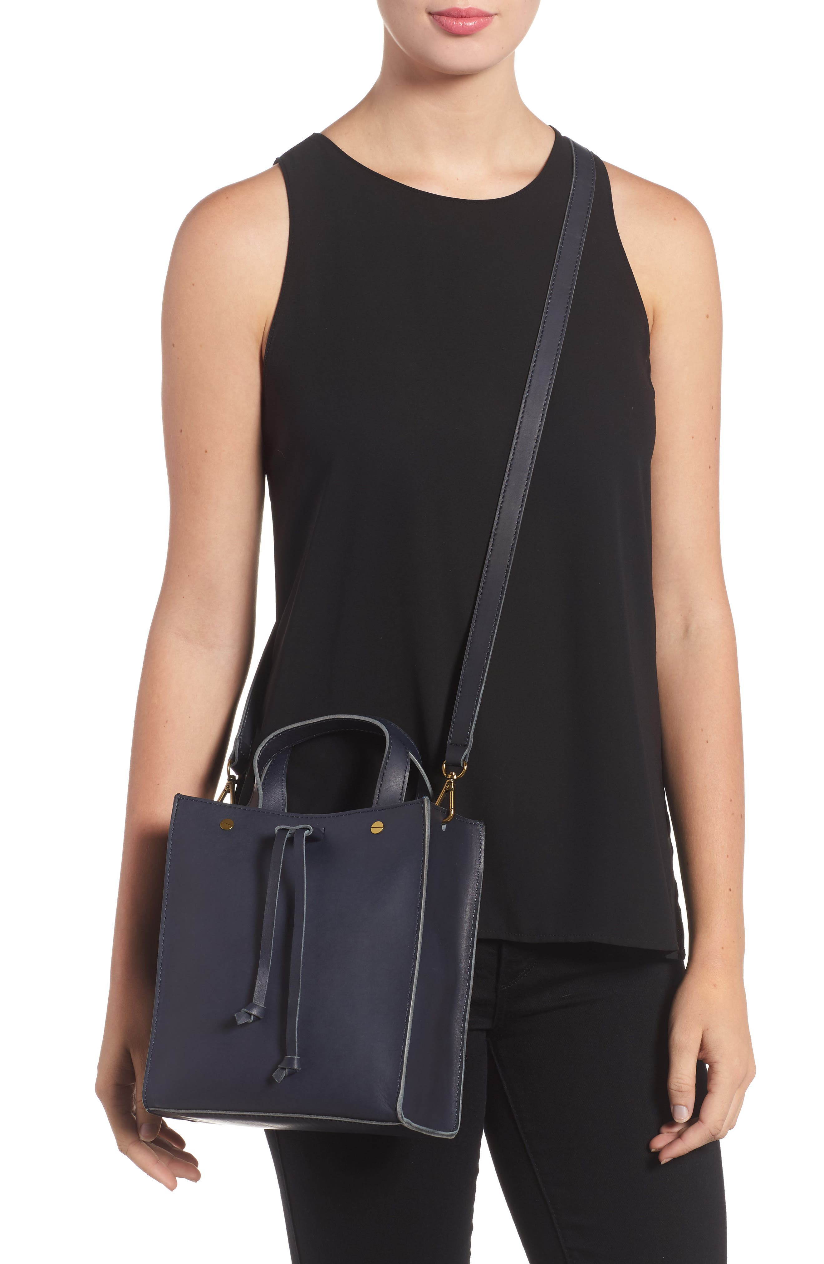 Alternate Image 2  - Madewell Small Trick Leather Top Handle Tote