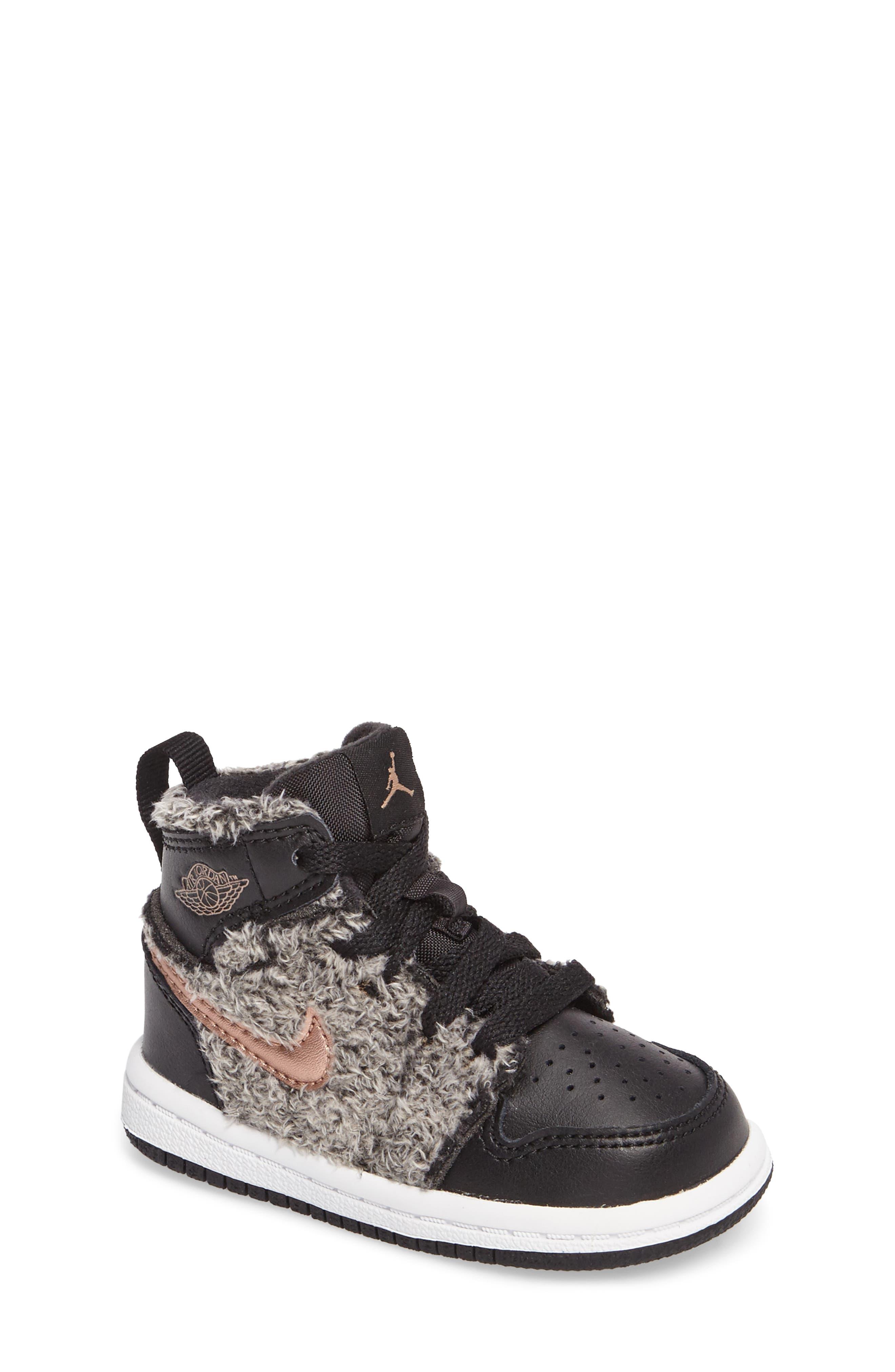 Main Image - Nike Air Jordan 1 Retro High Top Basketball Shoe (Baby, Walker and Toddler)