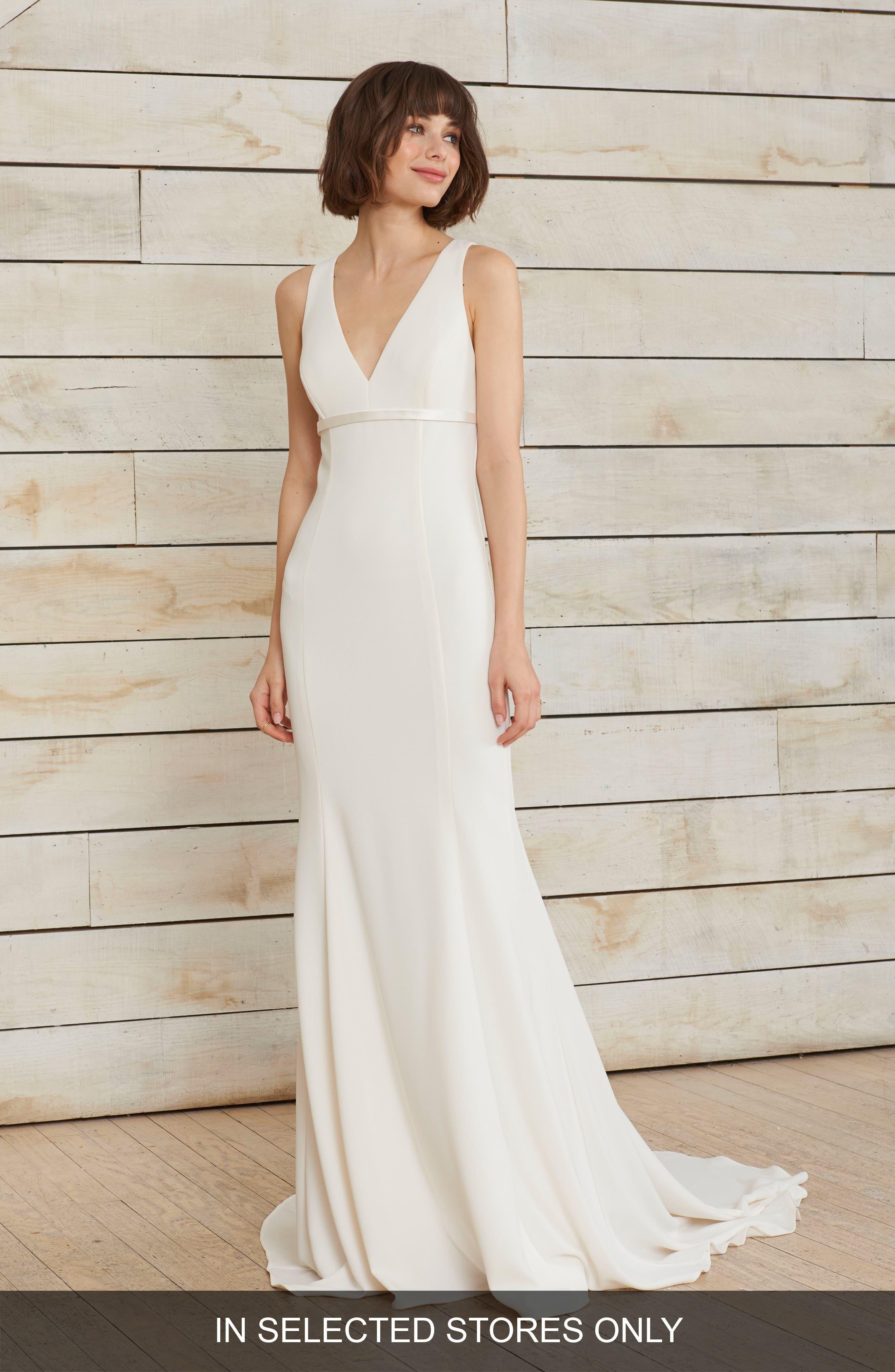Main Image - nouvelle AMSALE Frankie V-Neck Crepe Gown