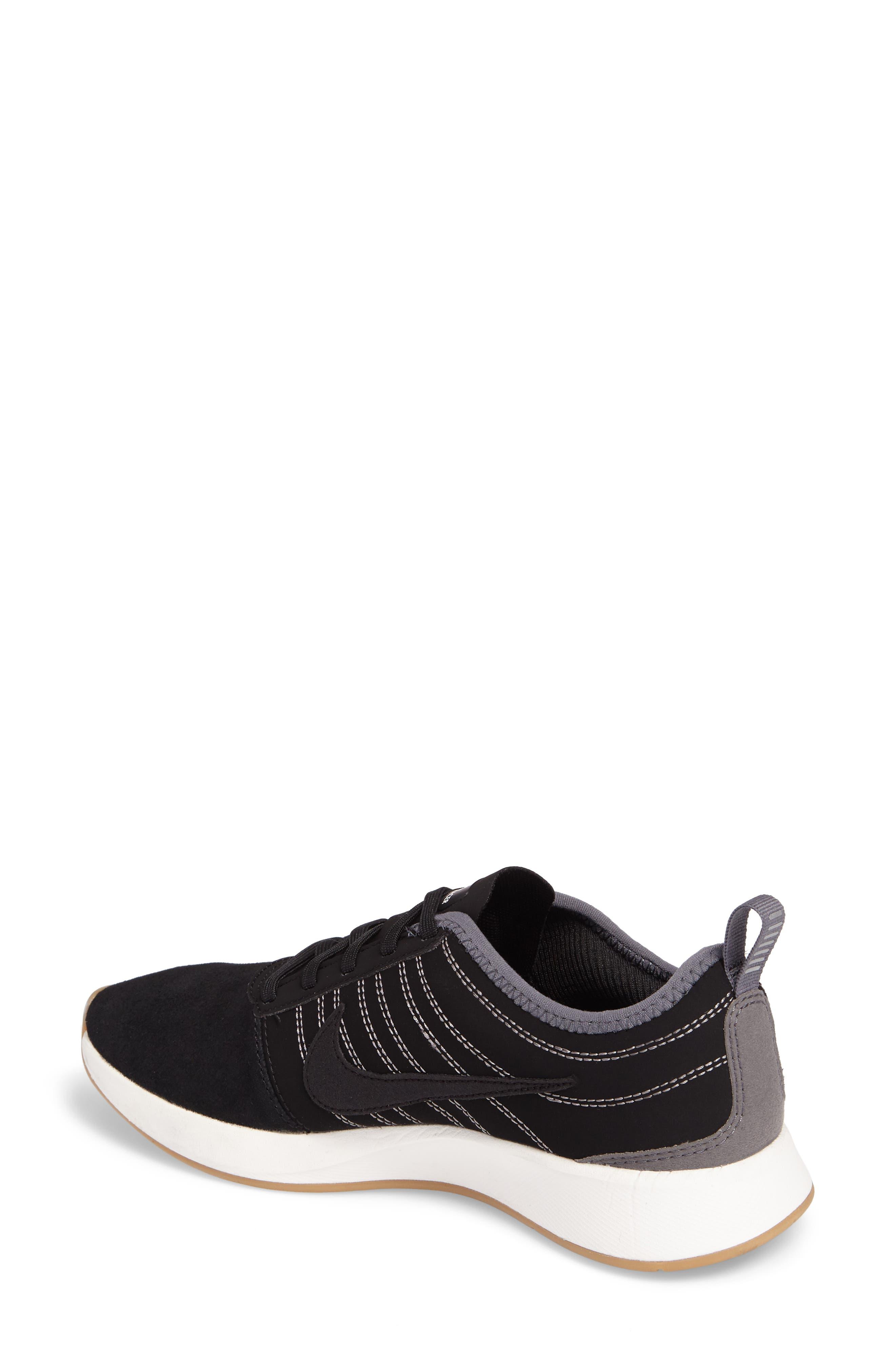 Alternate Image 2  - Nike Dualtone Racer SE Sneaker (Women)