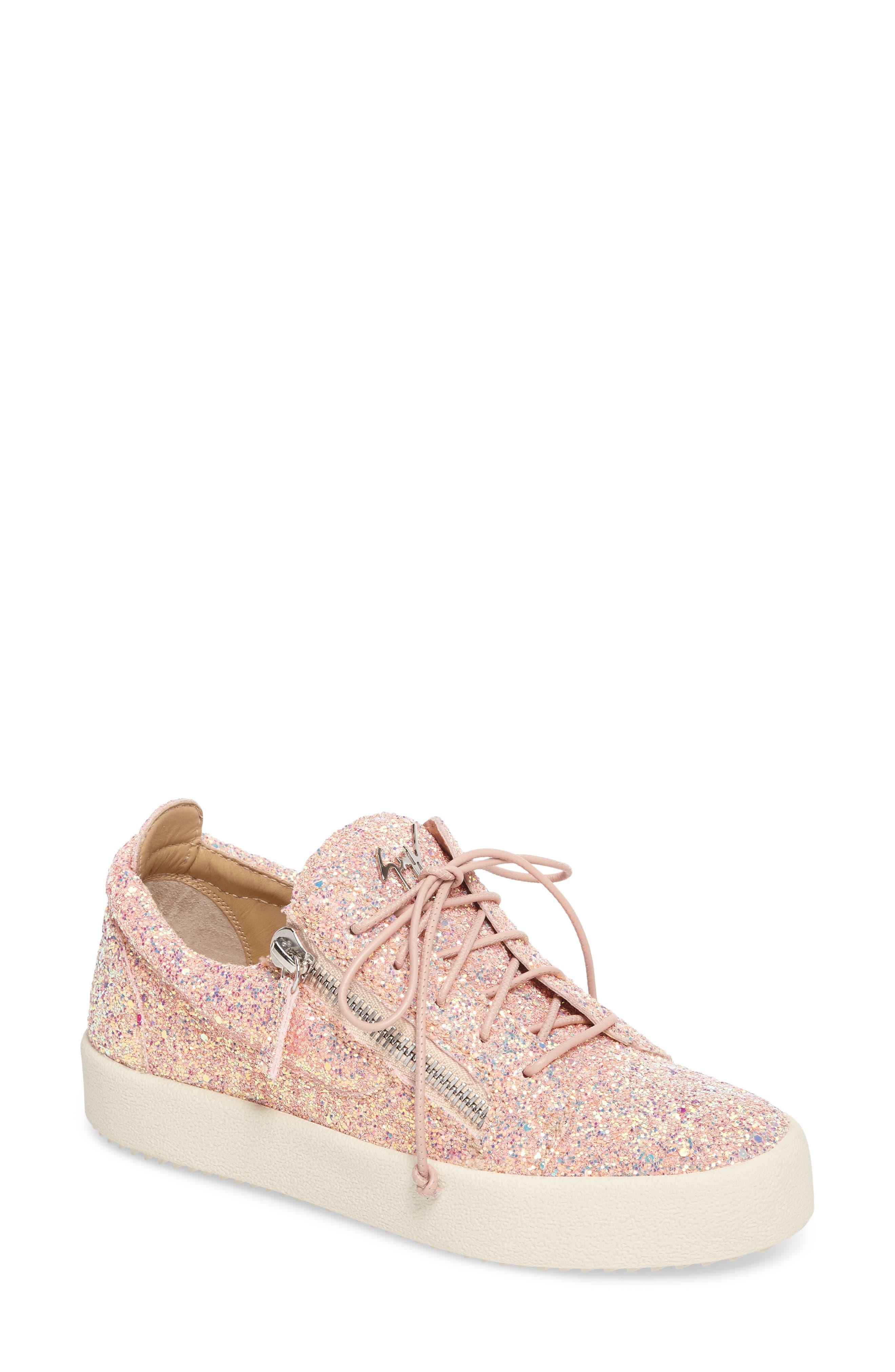 Alternate Image 1 Selected - Giuseppe Zanotti May London Low Top Sneaker (Women)