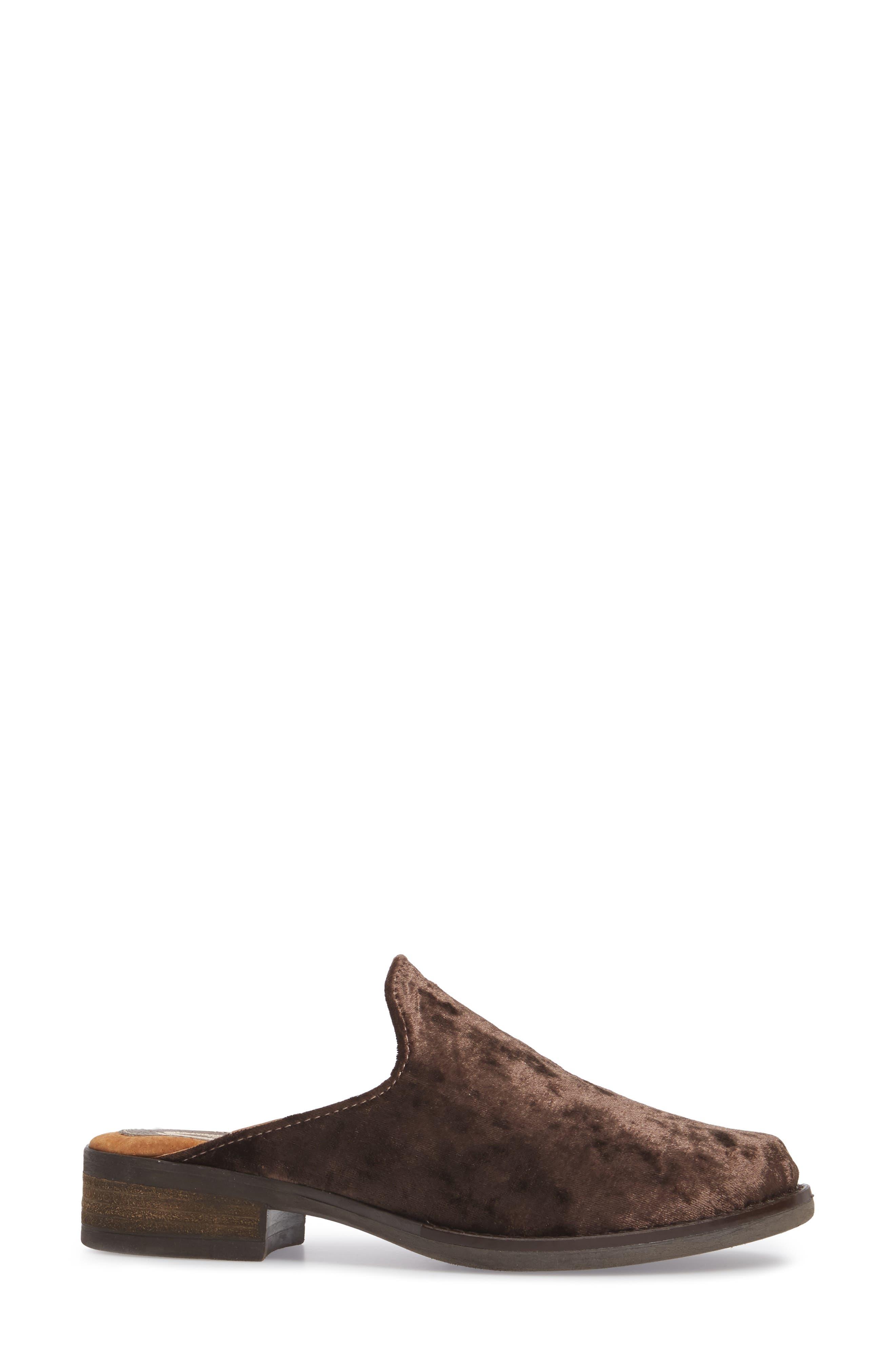 Alternate Image 3  - Sbicca Citrine Loafer Mule (Women)