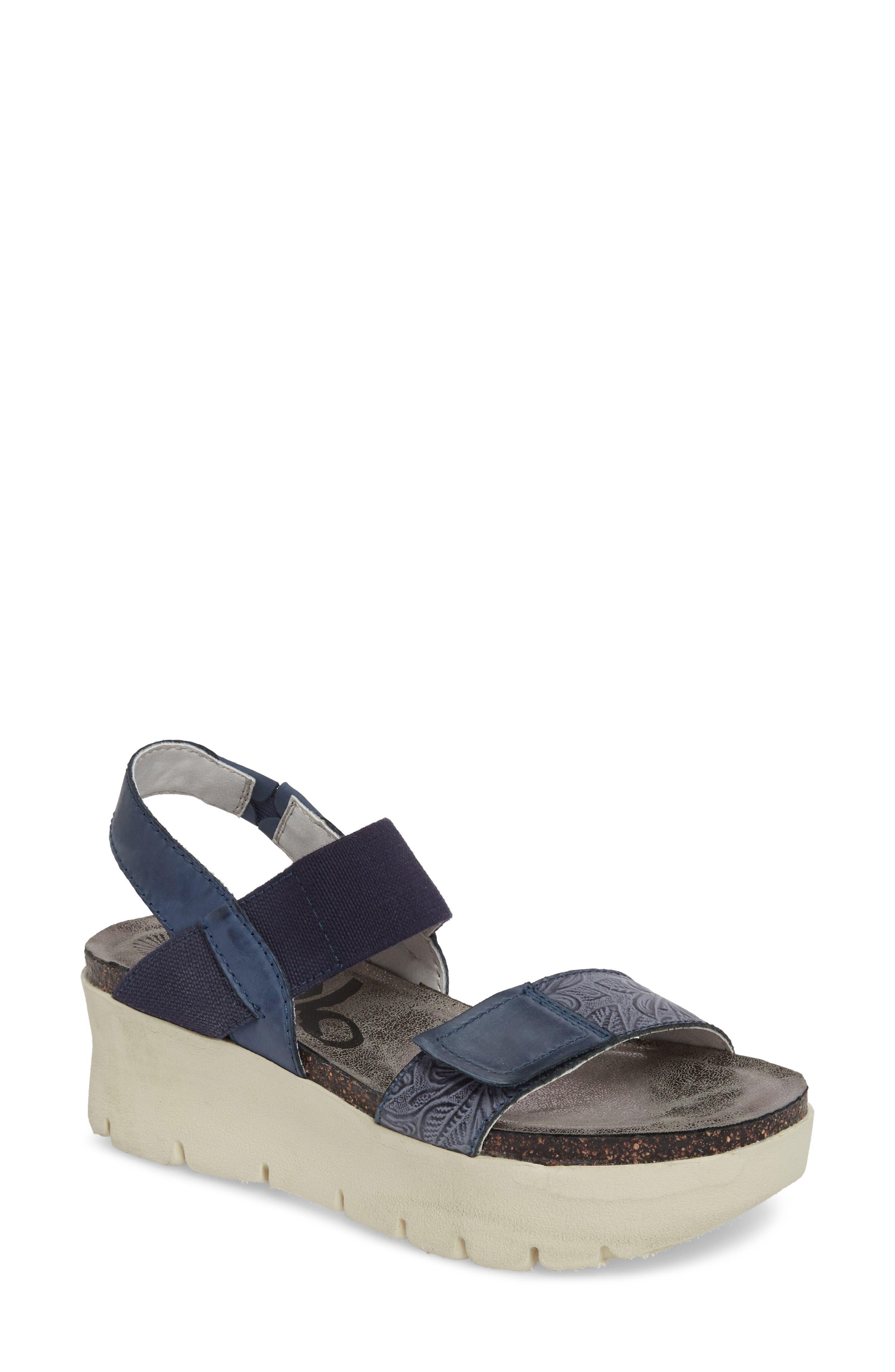 Nova Platform Sandal,                         Main,                         color, Navy Leather