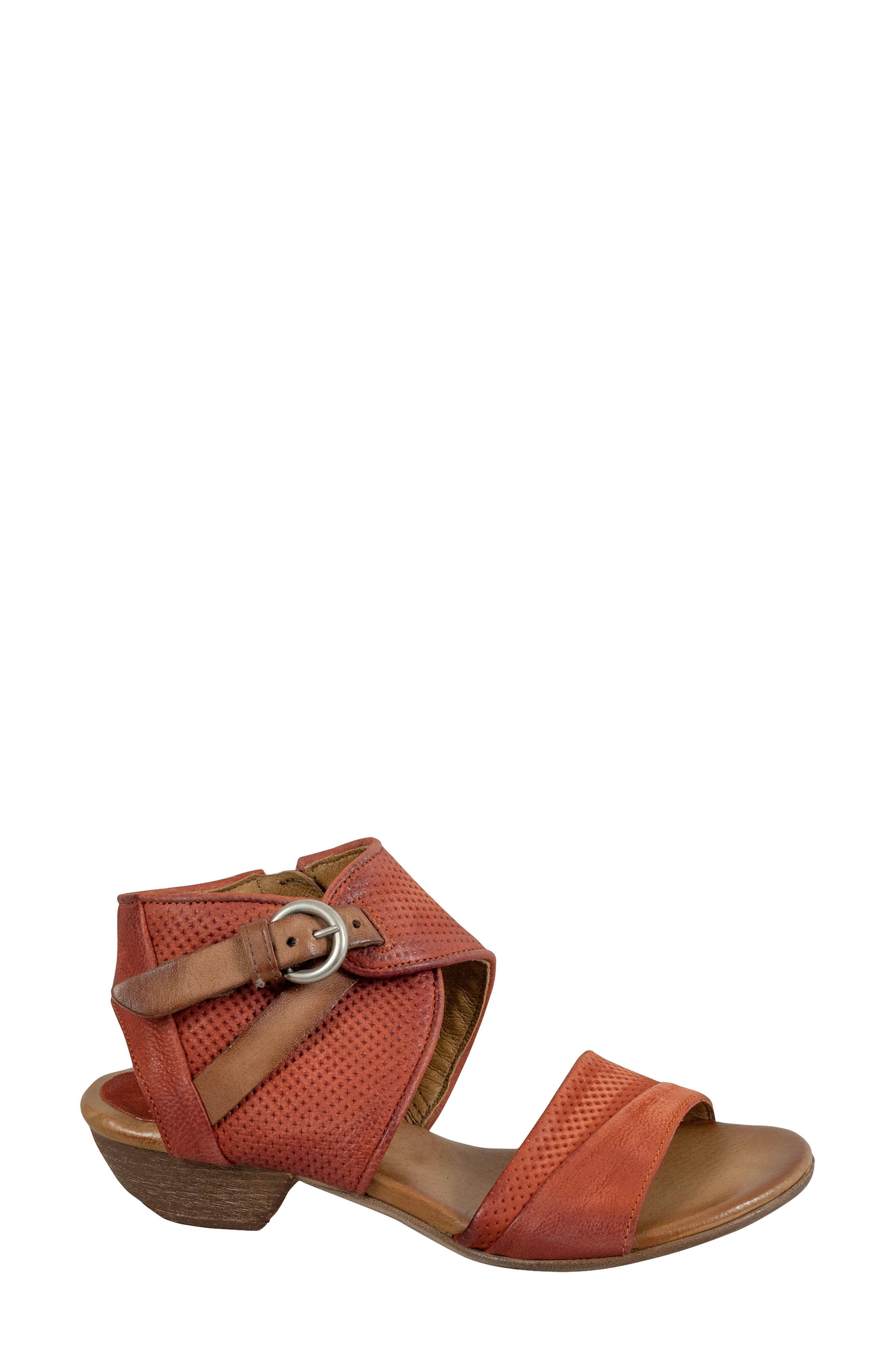 Chatham Textured Sandal,                             Alternate thumbnail 3, color,                             Rust Leather