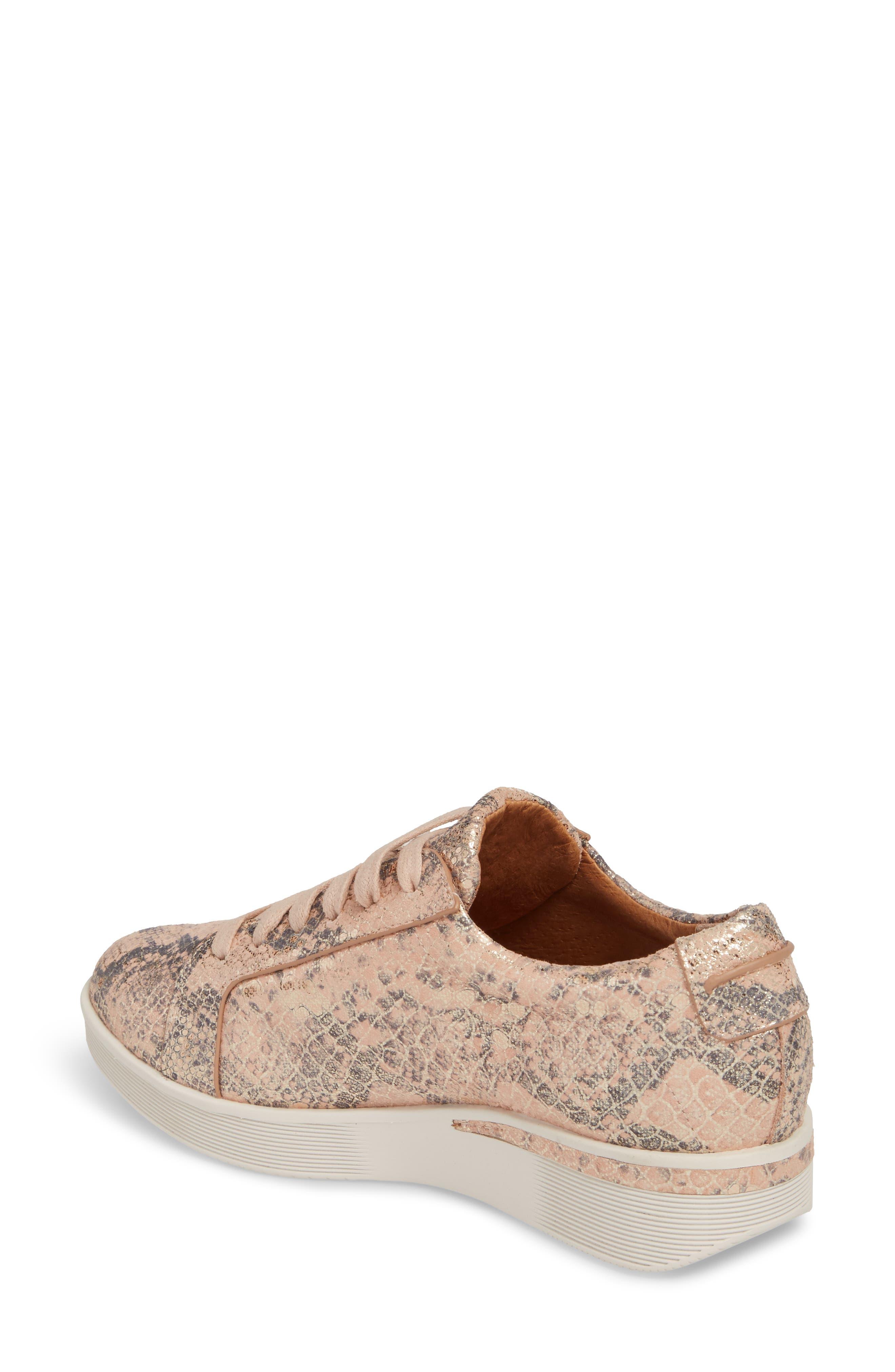 Alternate Image 2  - Gentle Souls Haddie Low Platform Sneaker (Women)