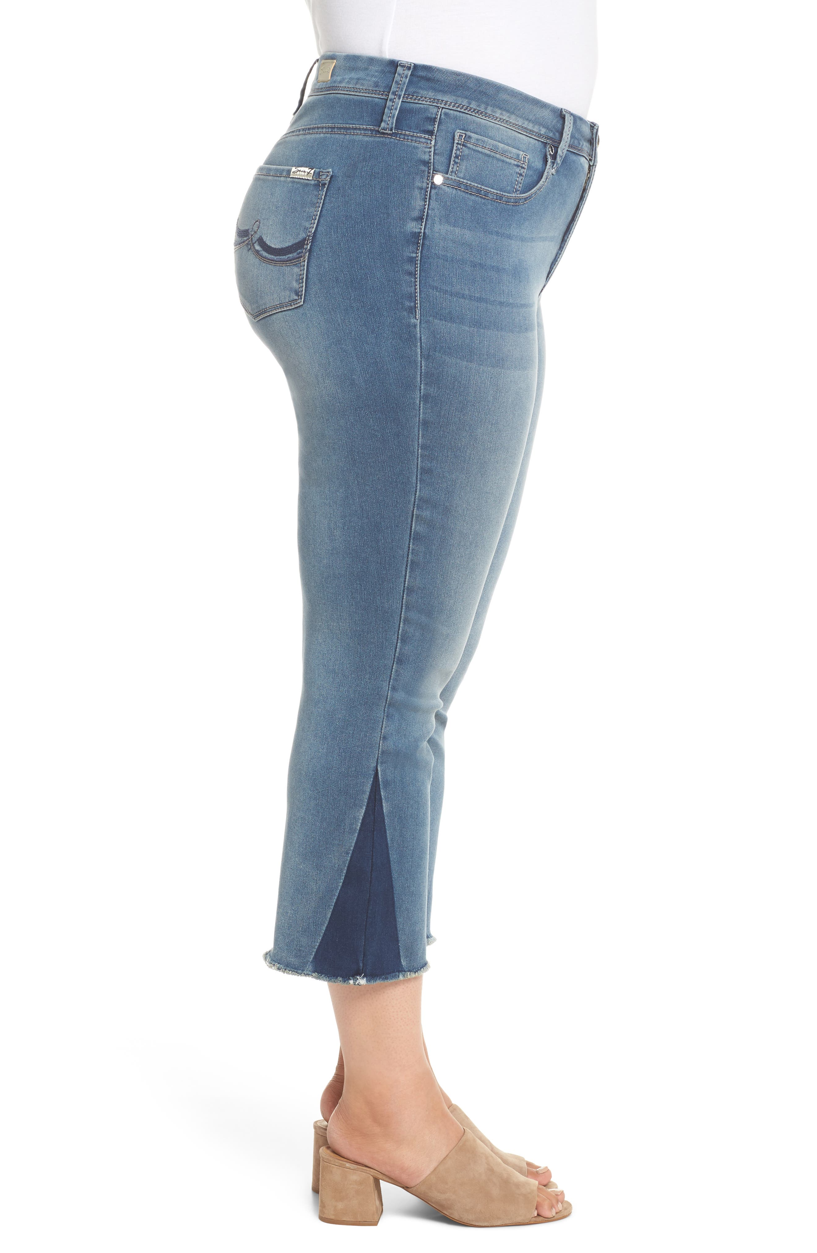 Shadow Godet Ankle Duster Jeans,                             Alternate thumbnail 3, color,                             Levine