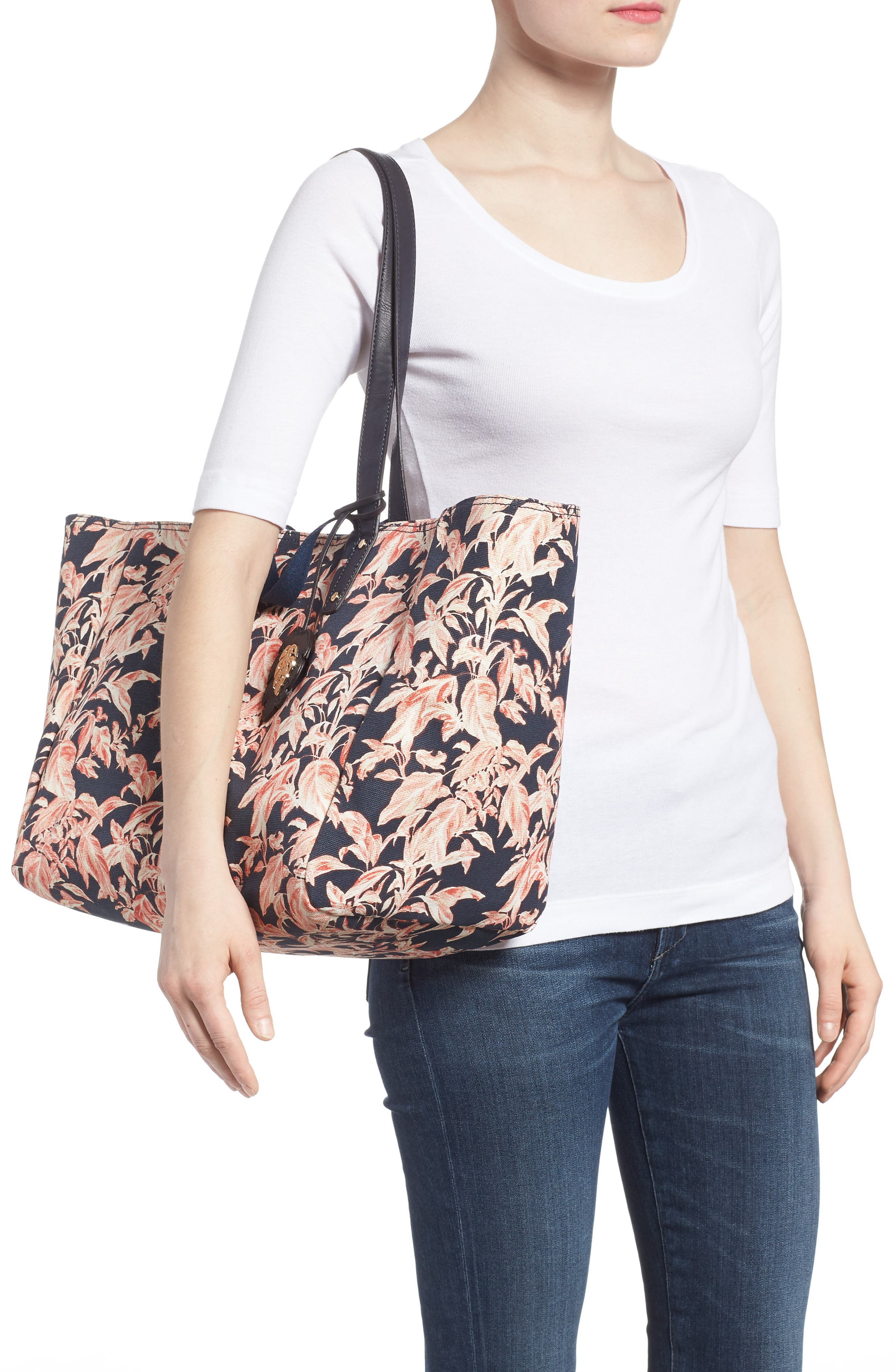 La Plancha Beach Tote,                             Alternate thumbnail 2, color,                             Navy