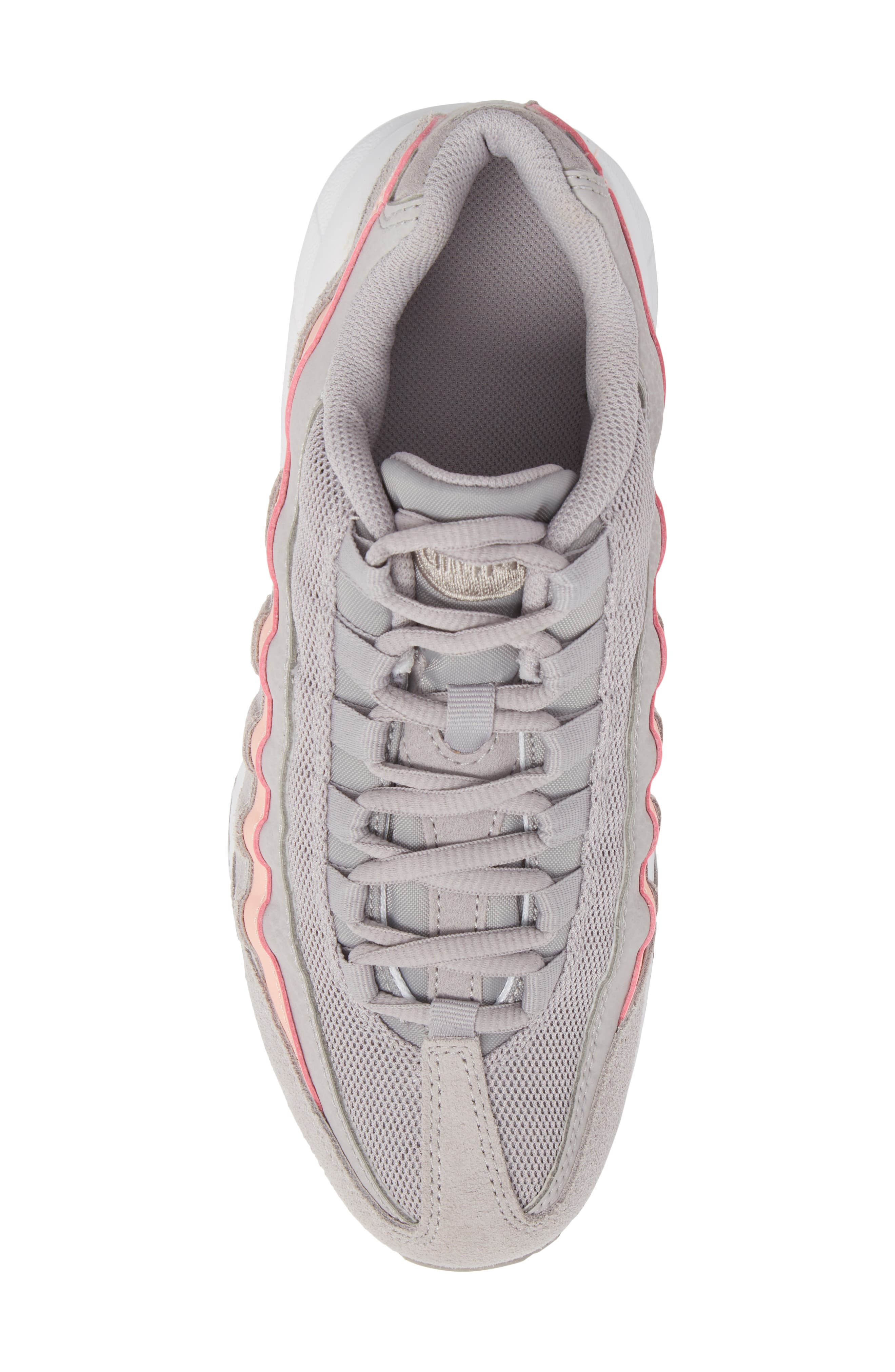 Air Max '95 LE Sneaker,                             Alternate thumbnail 5, color,                             Atmosphere Grey