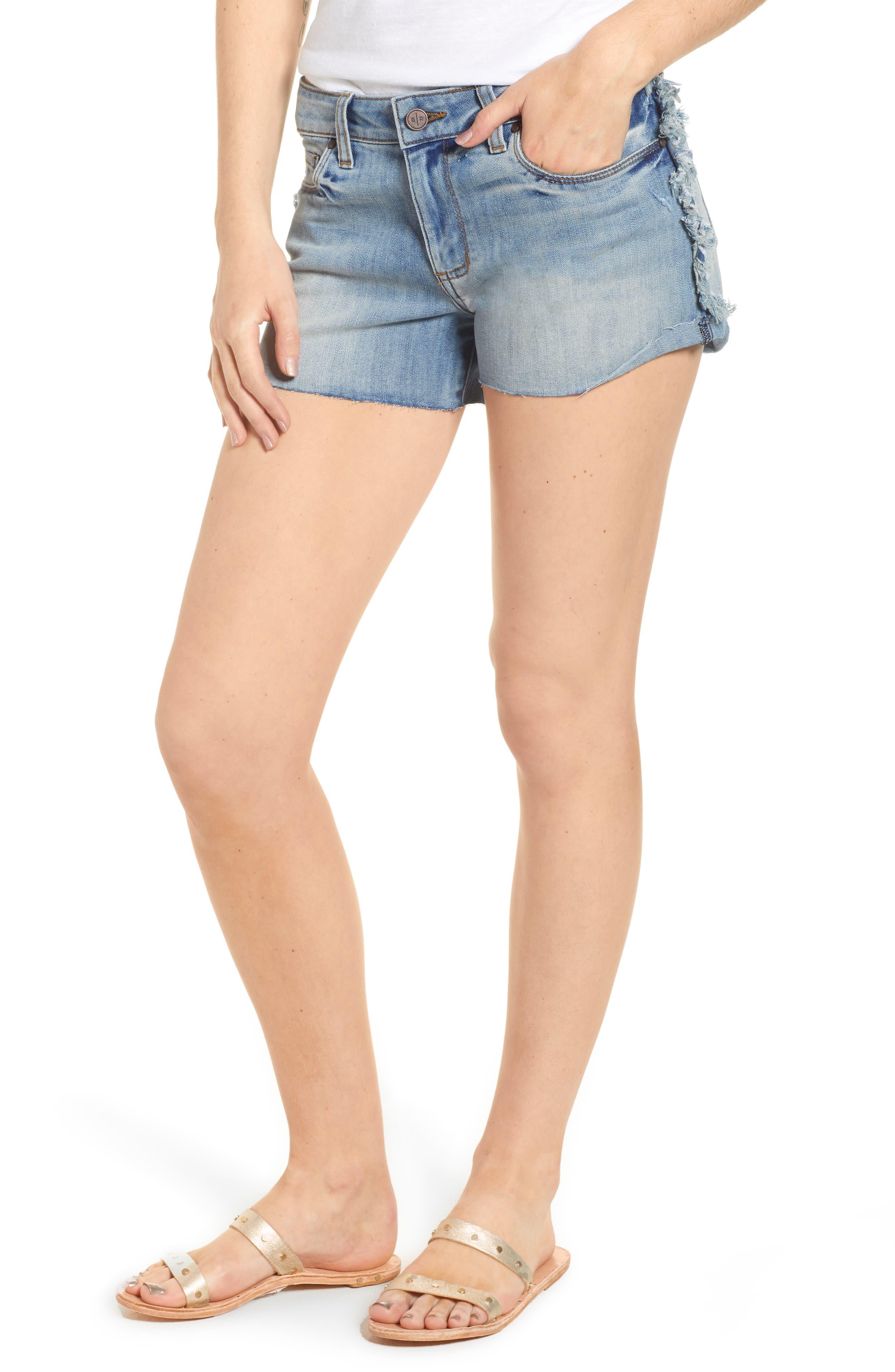 Fray Outseam Denim Shorts,                         Main,                         color, Medium Wash