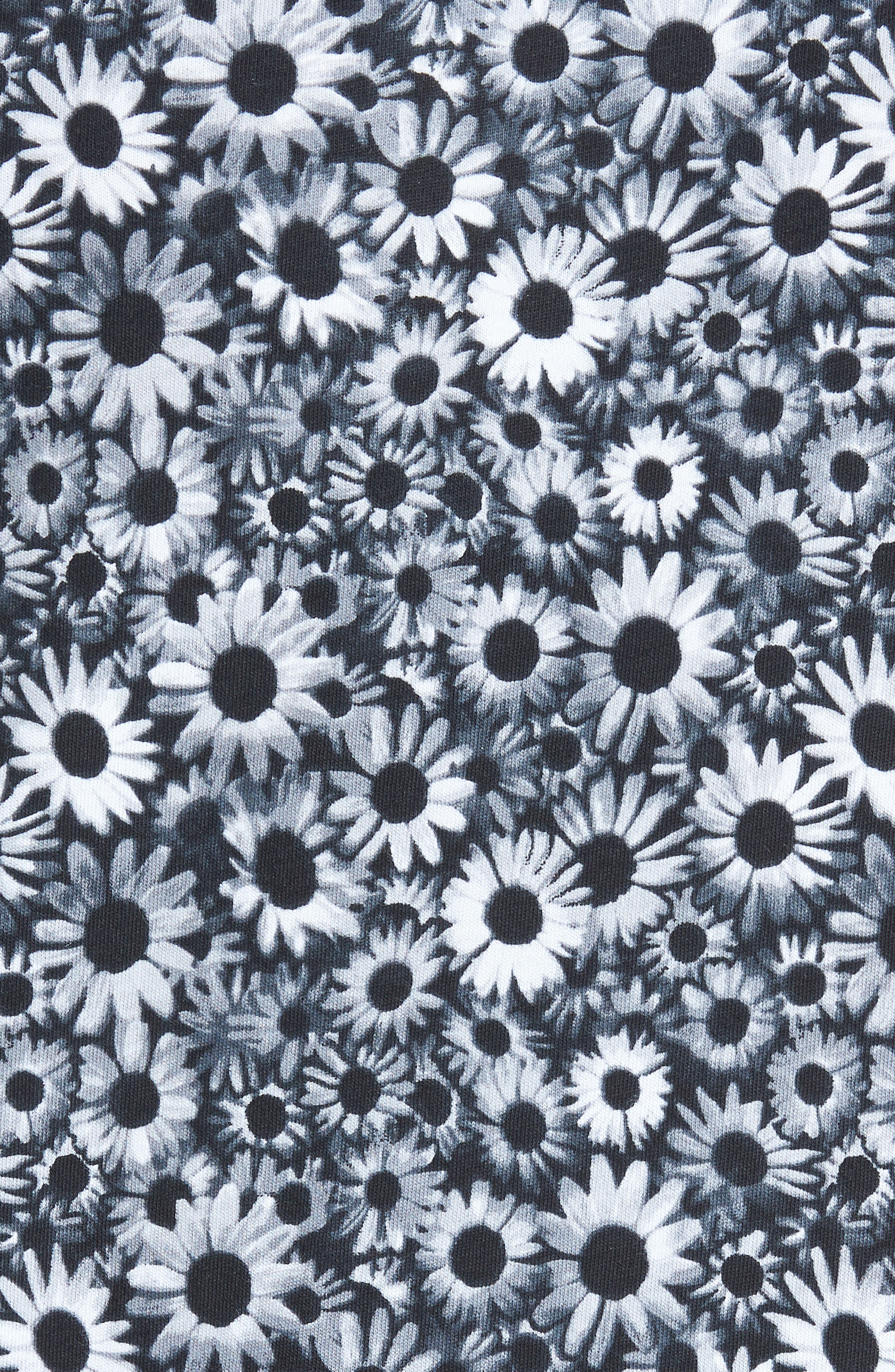 Print T-Shirt,                             Alternate thumbnail 5, color,                             Black White Daisy Floral