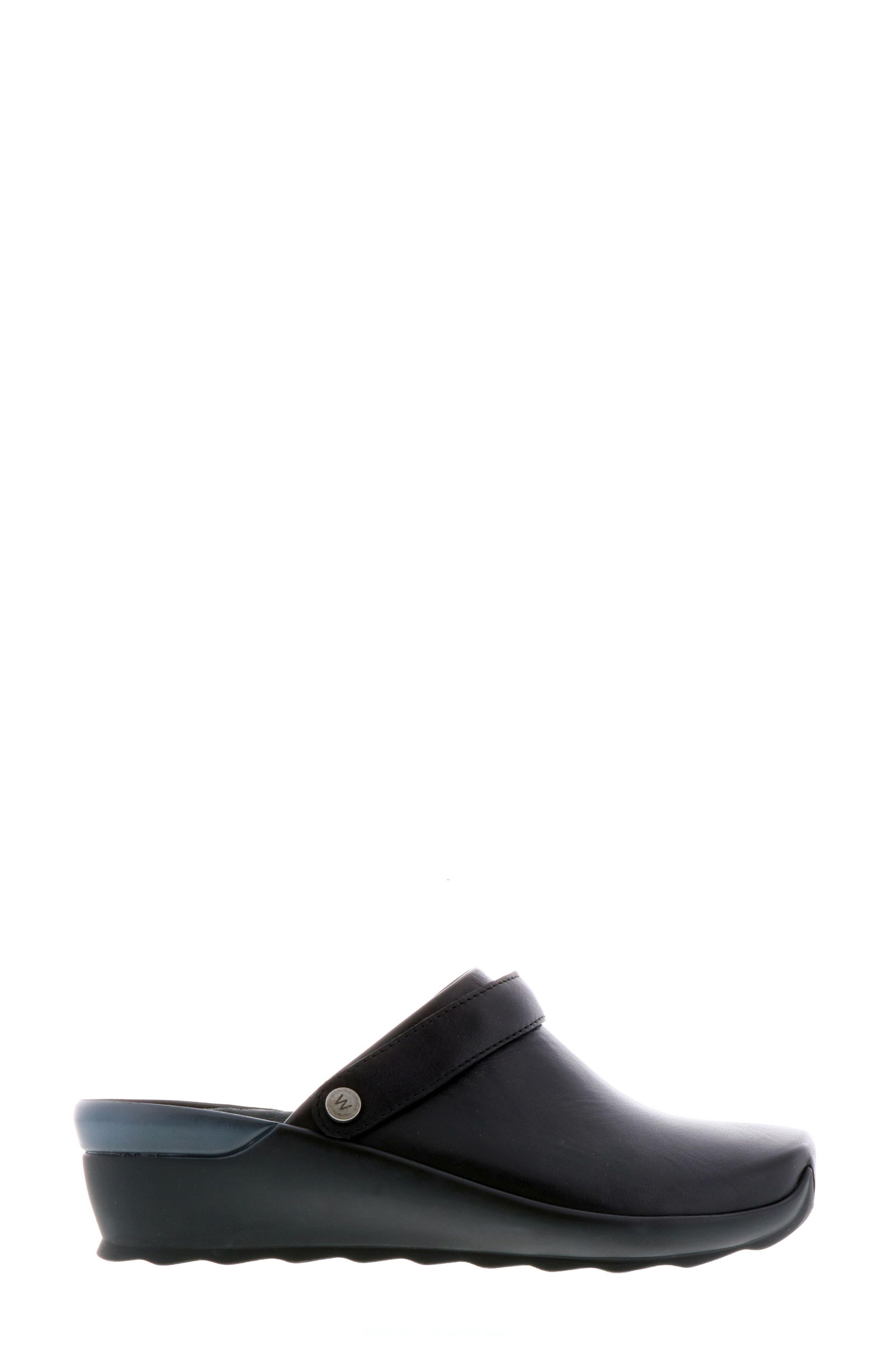 Bi Clog,                             Alternate thumbnail 3, color,                             Black Velvet Leather