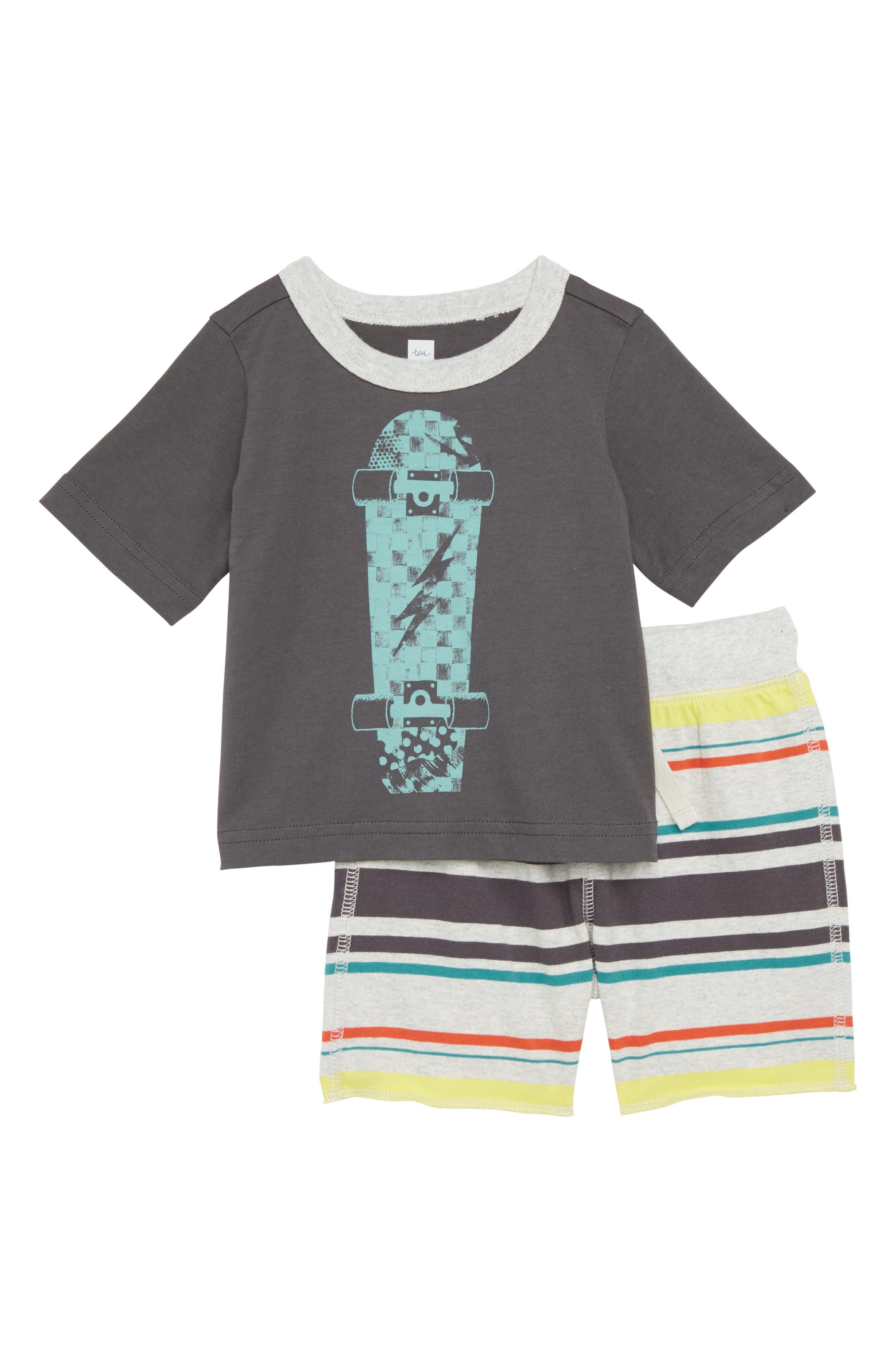 Tea Collection Skateboard T-Shirt & Shorts Set (Baby Boys)