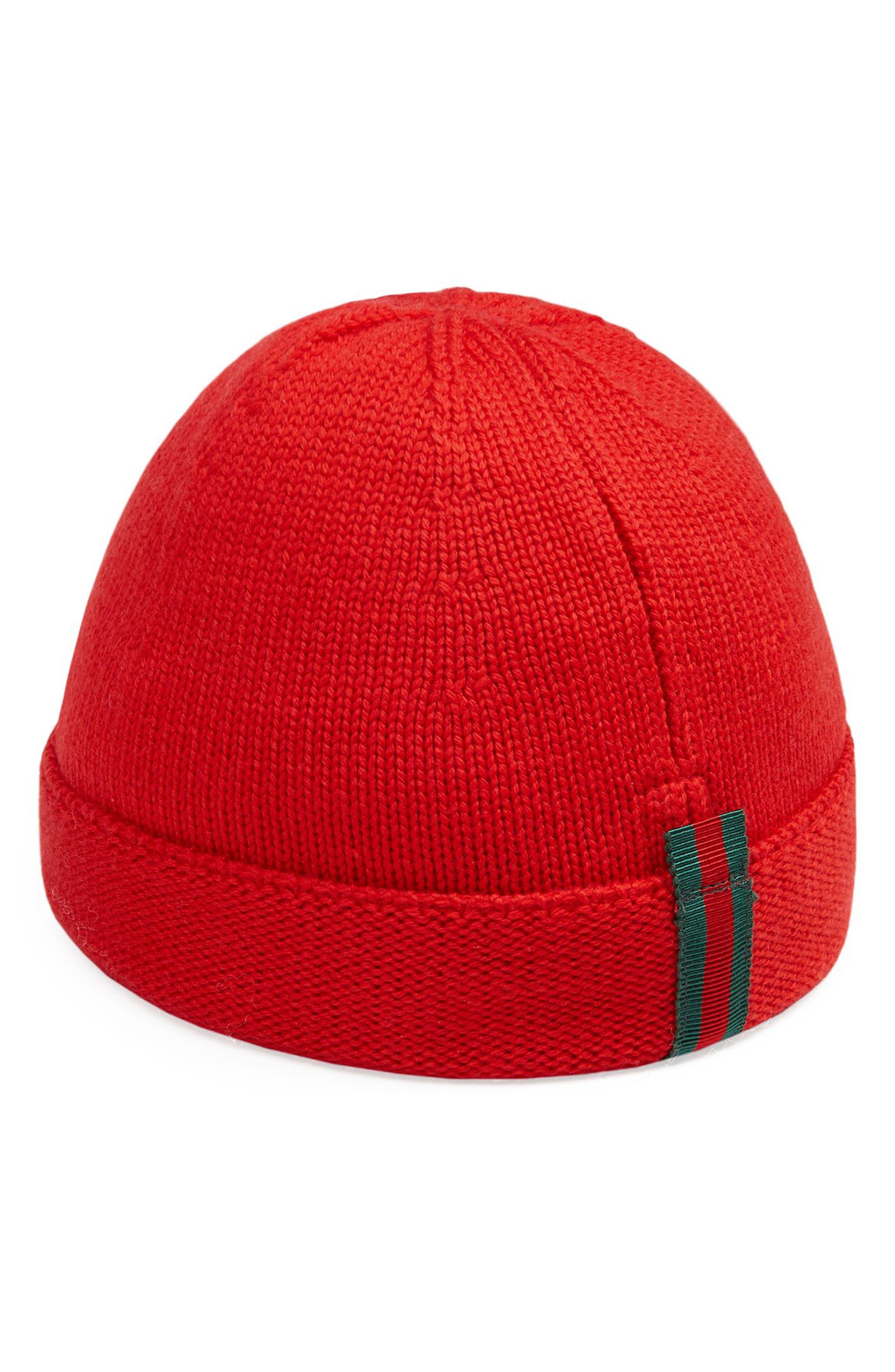 WOOL BEANIE - RED