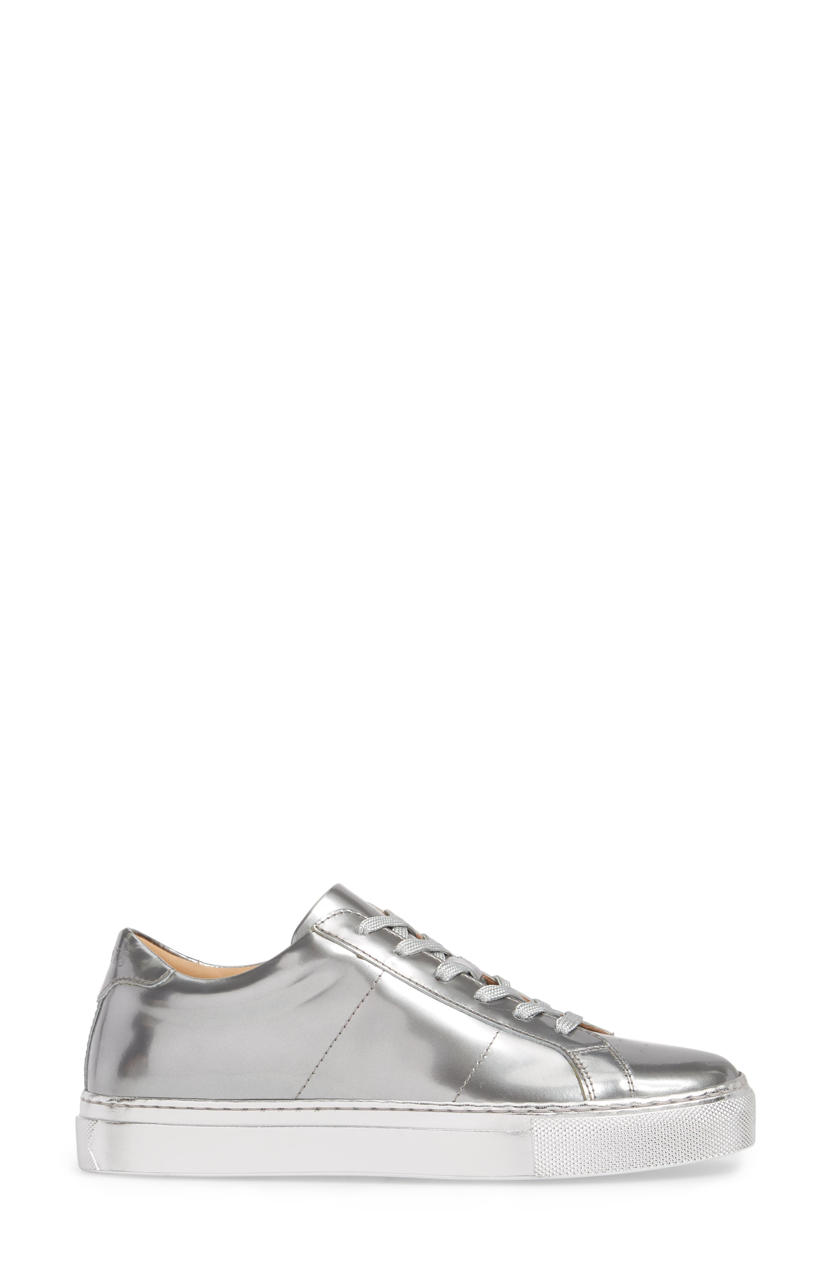 Royale Low Top Sneaker,                             Alternate thumbnail 3, color,                             Silver Tonal/ Flat Leather
