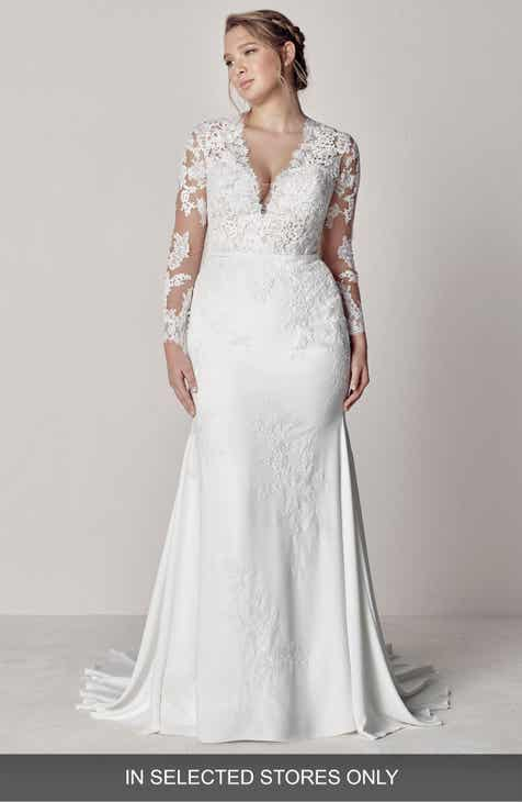 45714c78c1 Pronovias Eva Lace Mermaid Gown (Plus Size)
