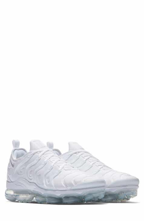 the latest 192b9 59dea Nike Air VaporMax Plus Sneaker (Unisex)
