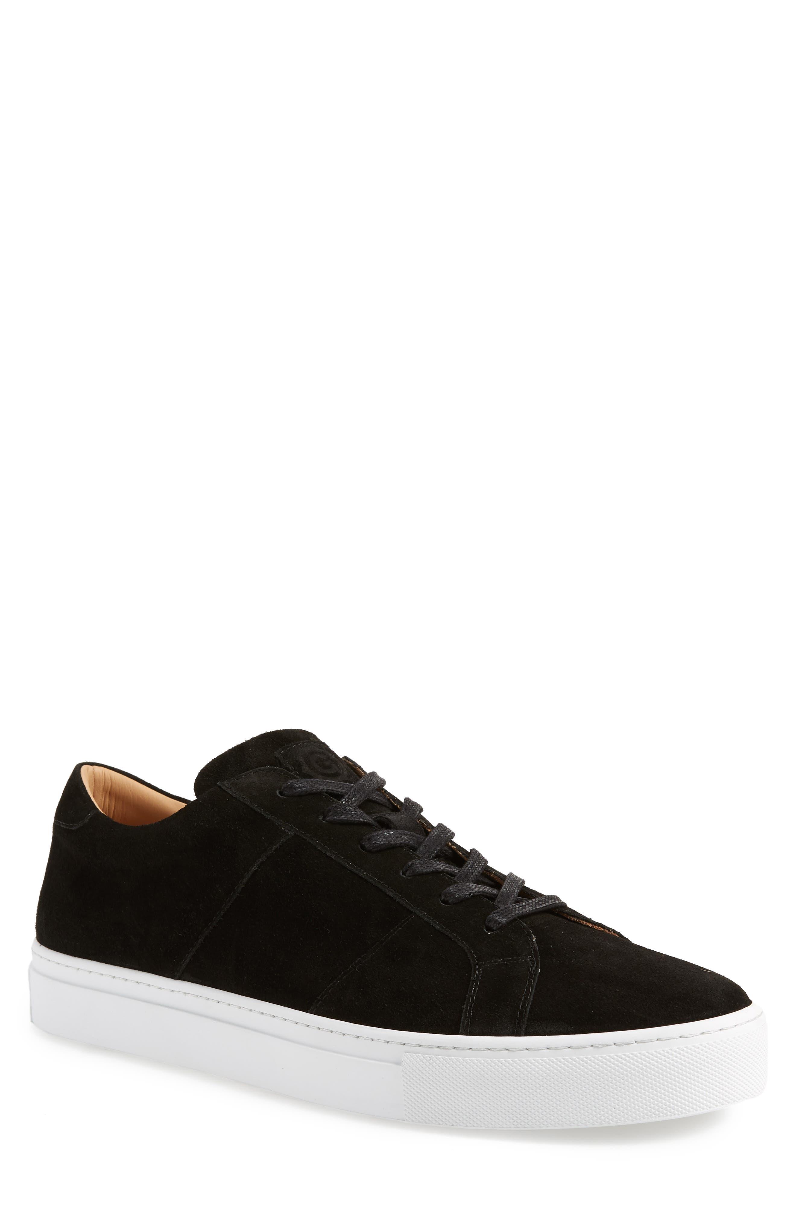 GREATS Royale Sneaker in Black