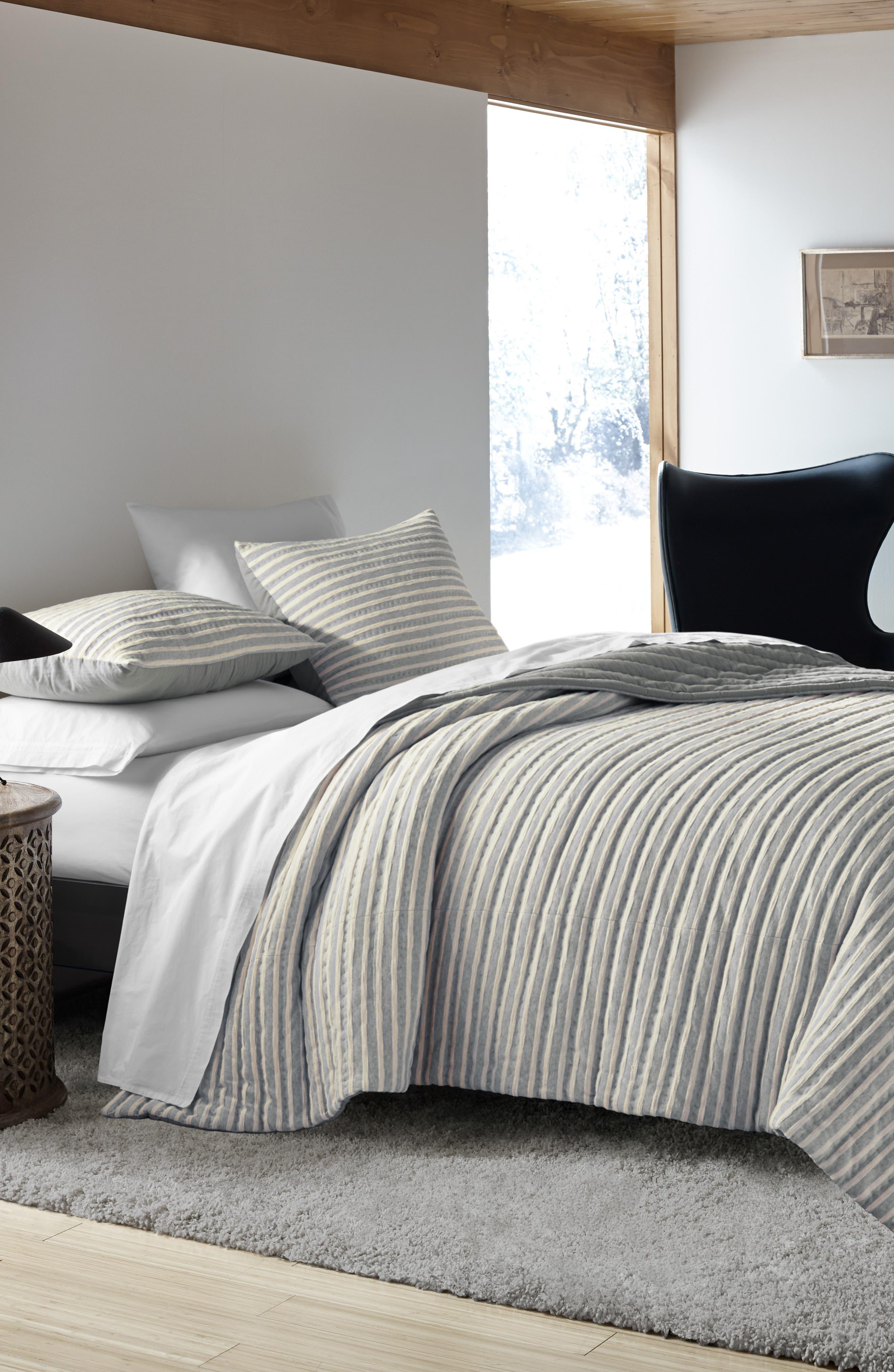 Horizon Lines Quilt,                         Main,                         color, Grey