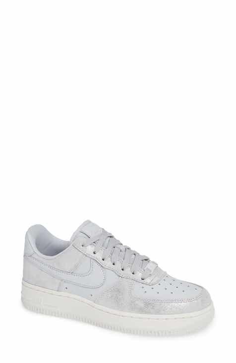 uk availability 4e6de 44279 Nike Air Force 1  07 Premium Sneaker (Women)