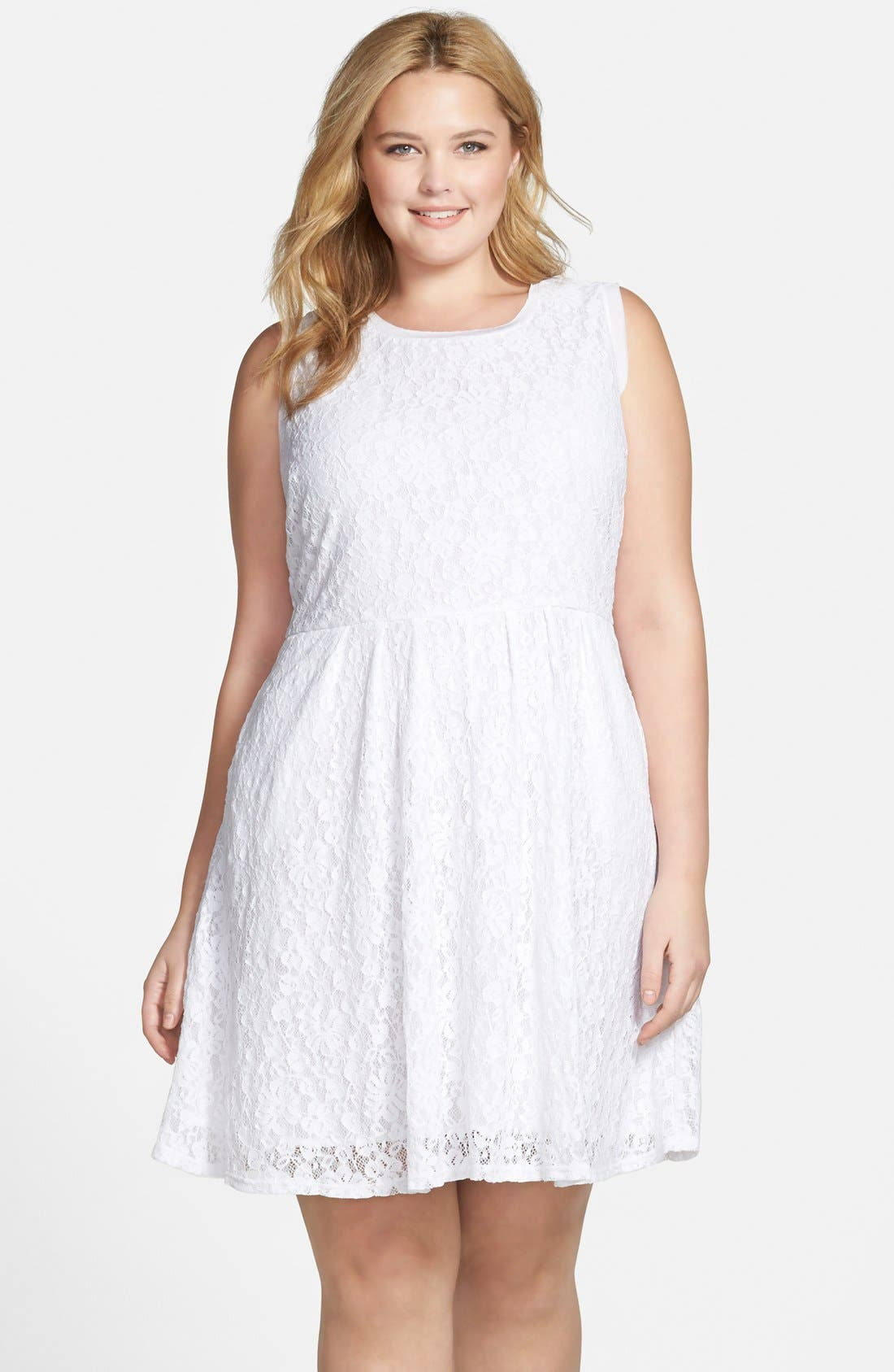 Main Image - Two by Vince Camuto Floral Lace Babydoll Dress (Plus Size)