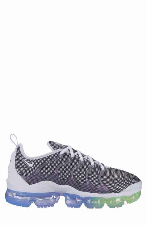 the latest 989f6 5428b Nike Air VaporMax Plus Sneaker (Unisex)