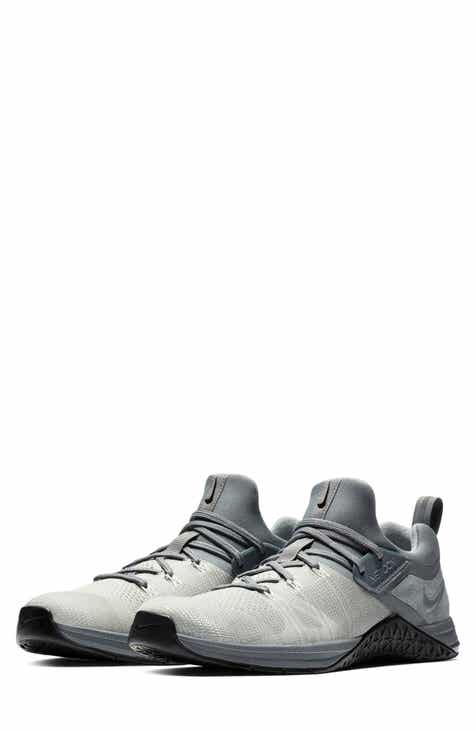 Nike Men s Grey Shoes and Sneakers  c4309b07c