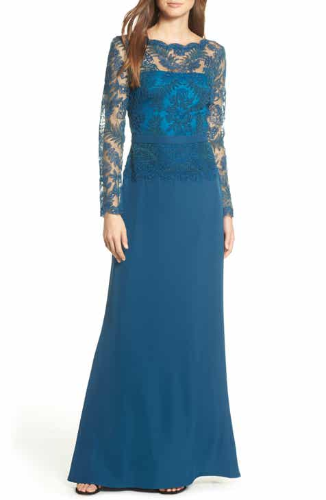478f9904e3 Tadashi Shoji Lace & Crepe Long Sleeve Evening Gown