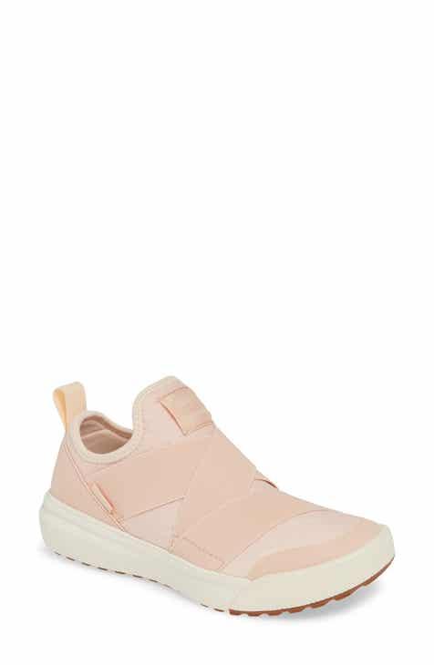 d67f47d608db0 Vans UltraRange Gore Slip-On Sneaker (Women)