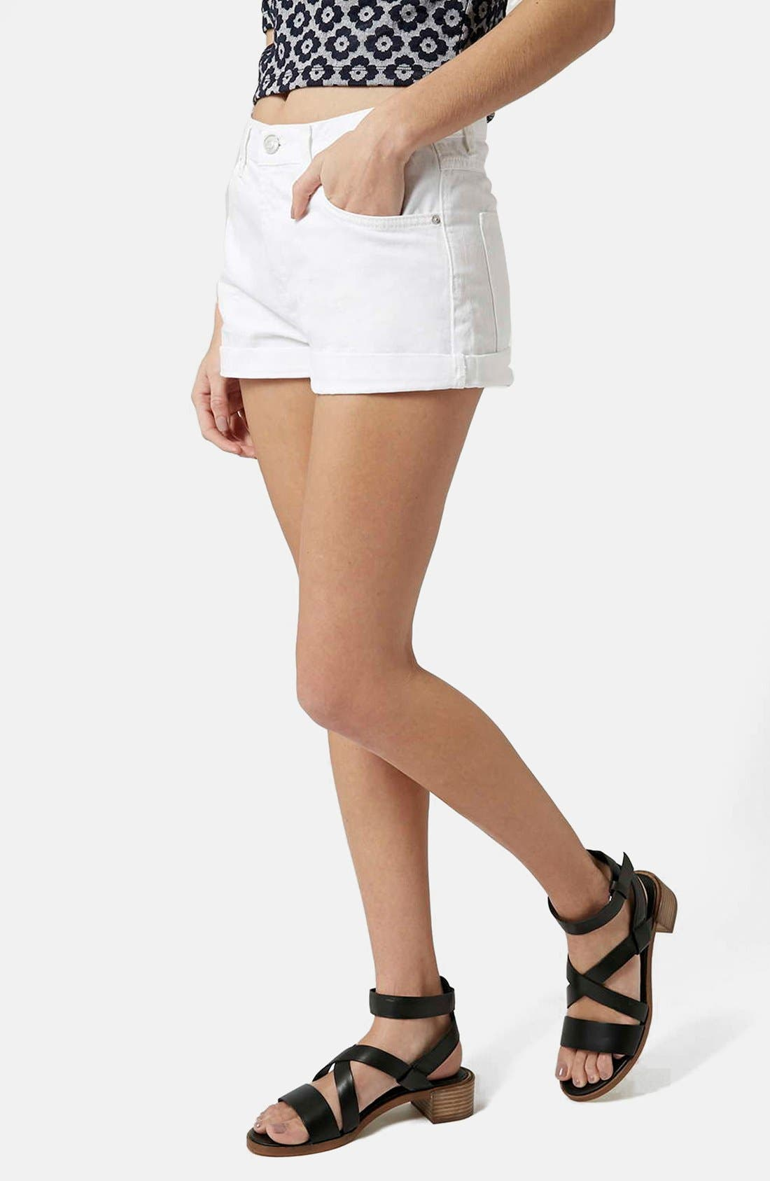 Main Image - Topshop Moto 'Rosa' Cuffed Denim Shorts (White)