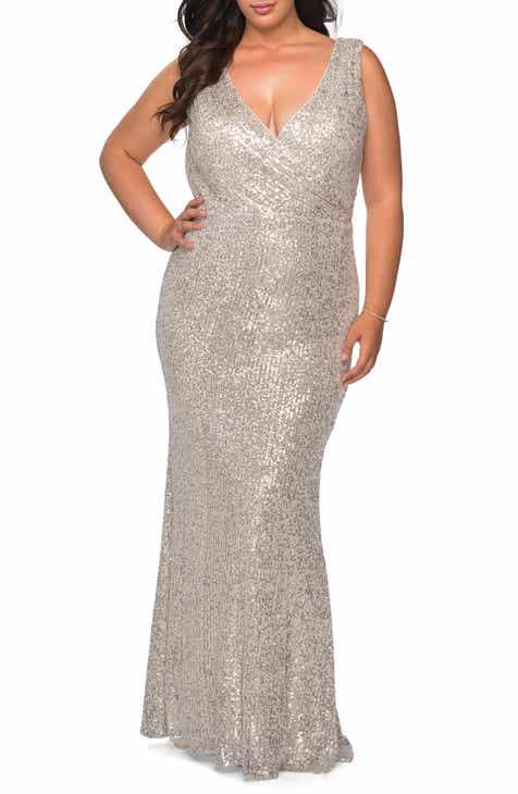 La Femme Sequin V-Neck Trumpet Gown (Plus Size)