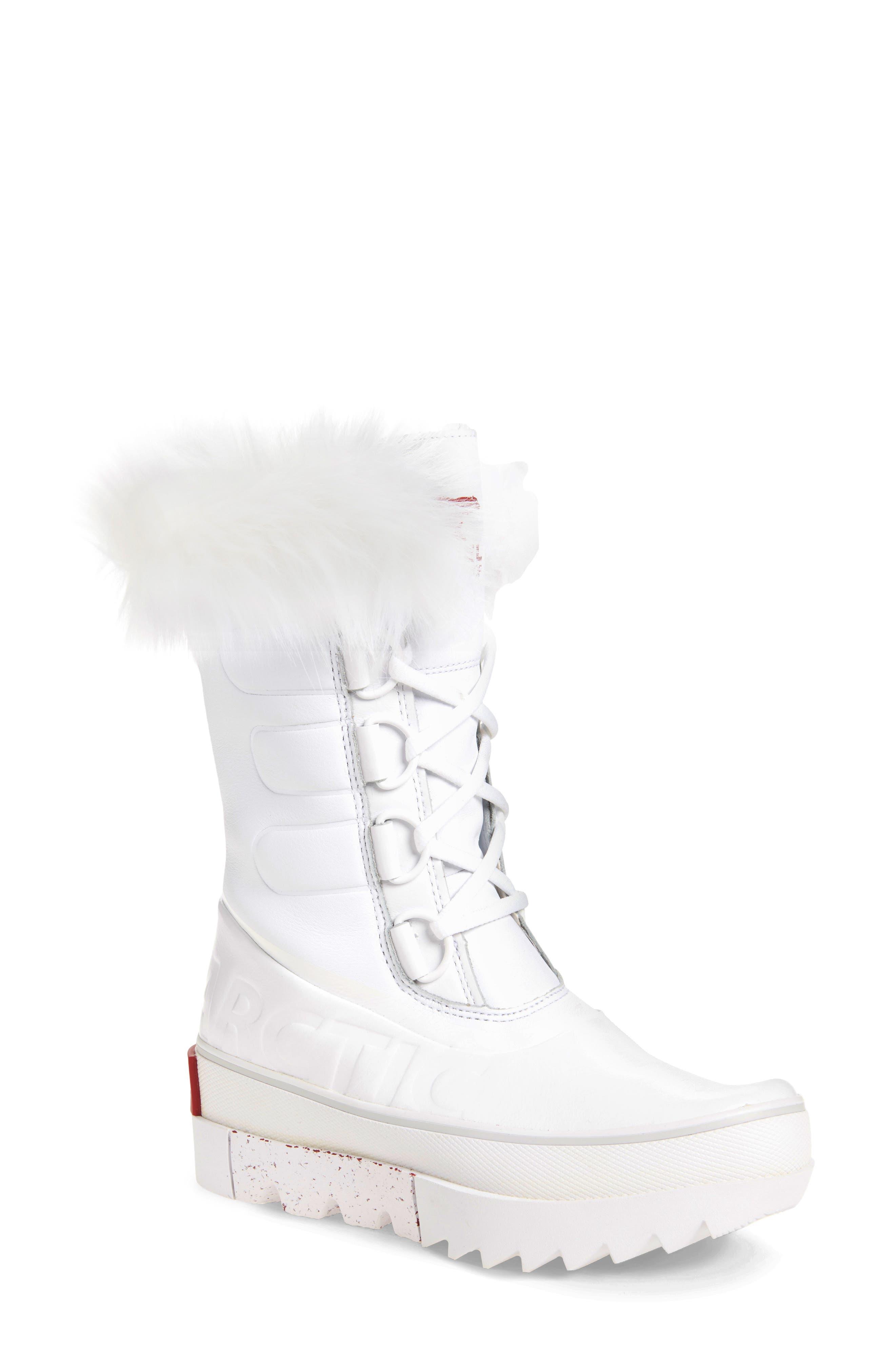 Women's White Winter \u0026 Snow Boots