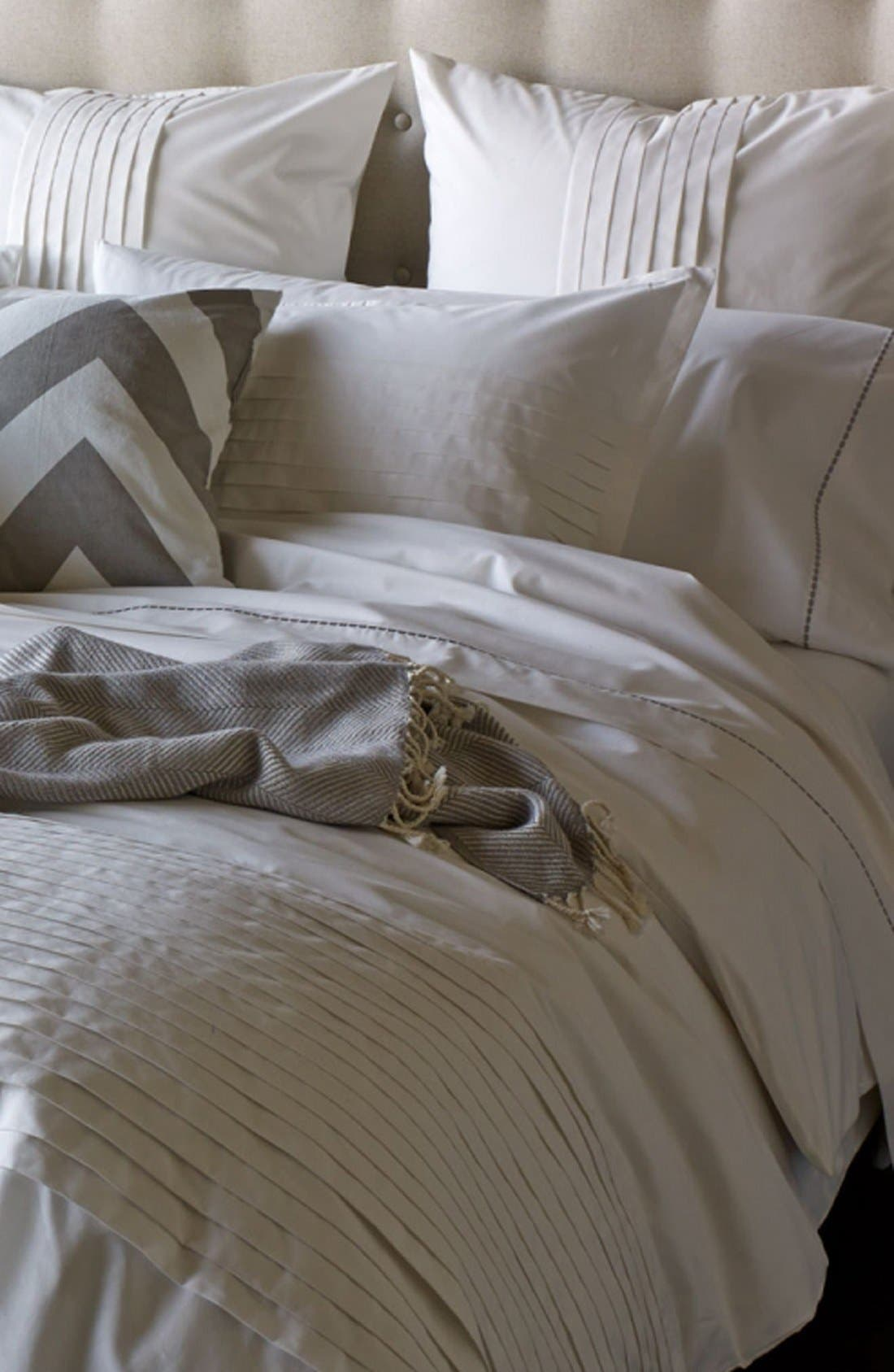 'Block Island' 200 Thread Count Organic Cotton Duvet Cover,                         Main,                         color, White