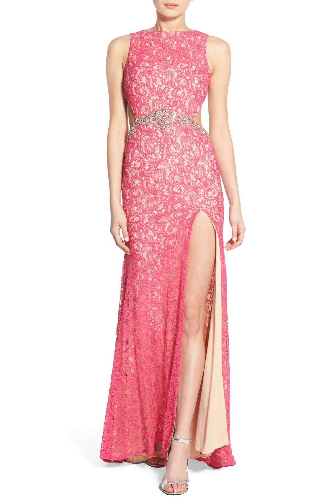 Main Image - Mac Duggal Lace Cutout Gown
