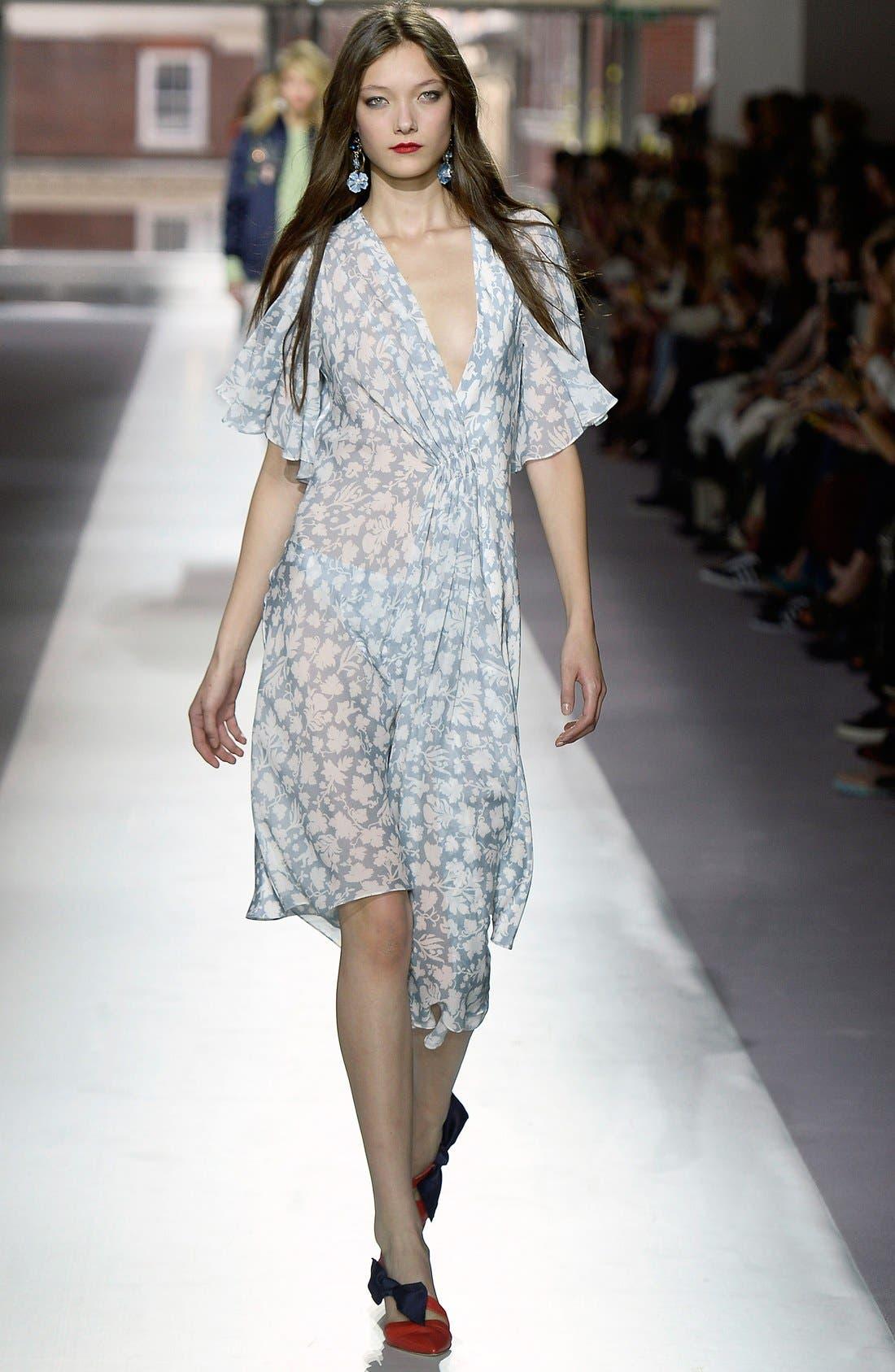 Alternate Image 2  - Topshop Unique 'Belfour' Floral Print Silk Dress