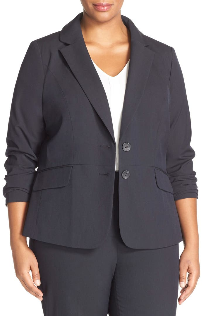 Discover the wide assortment of plus-size suits for curvy women who want to amp up the style of their work wardrobe. Shop for pantsuits, skirt suits and suit separates in various muted colors that exude chic, tailored elegance.