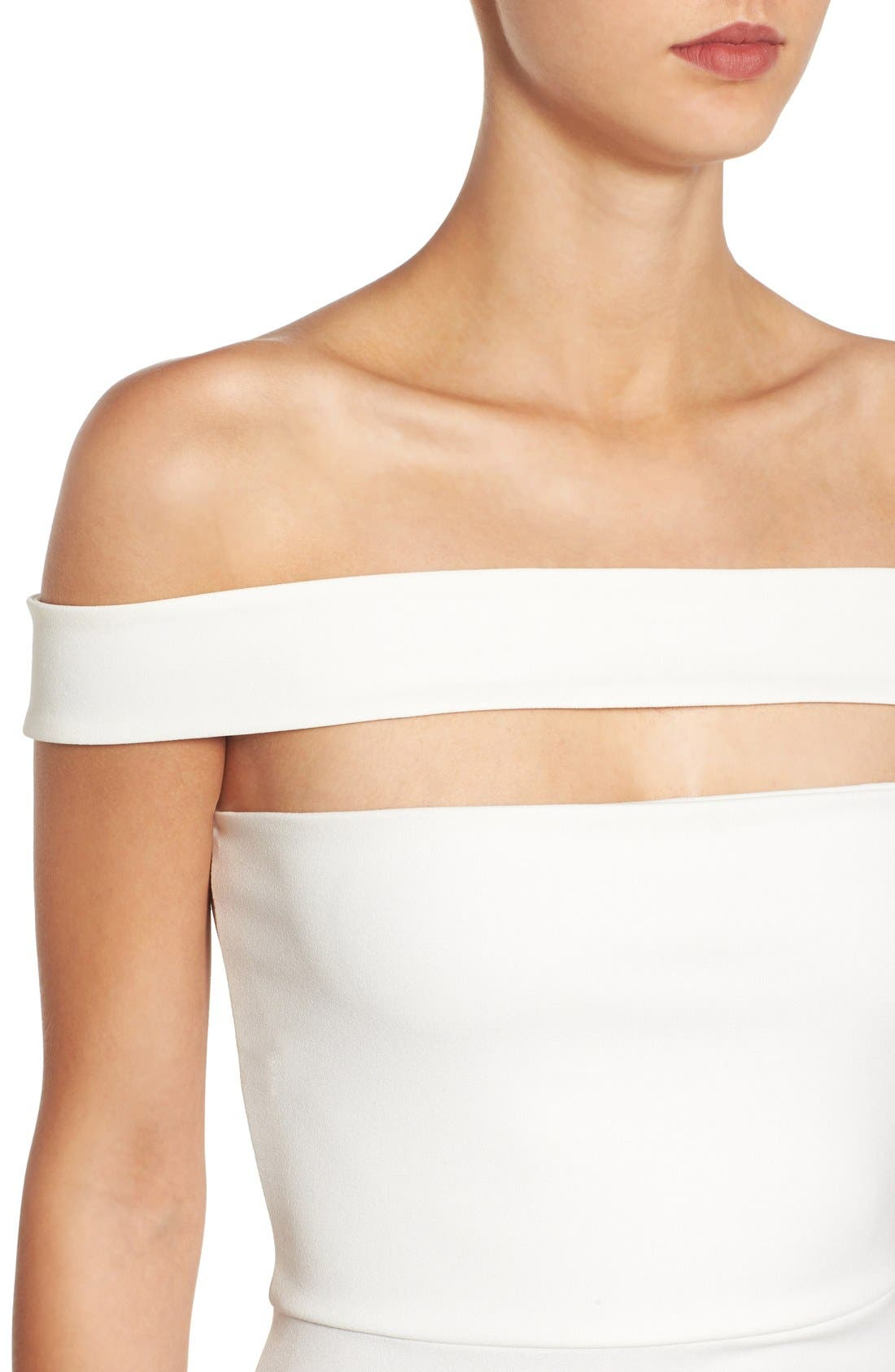Alternate Image 4  - Missguided Cutout Off the Shoulder Body-Con Dress