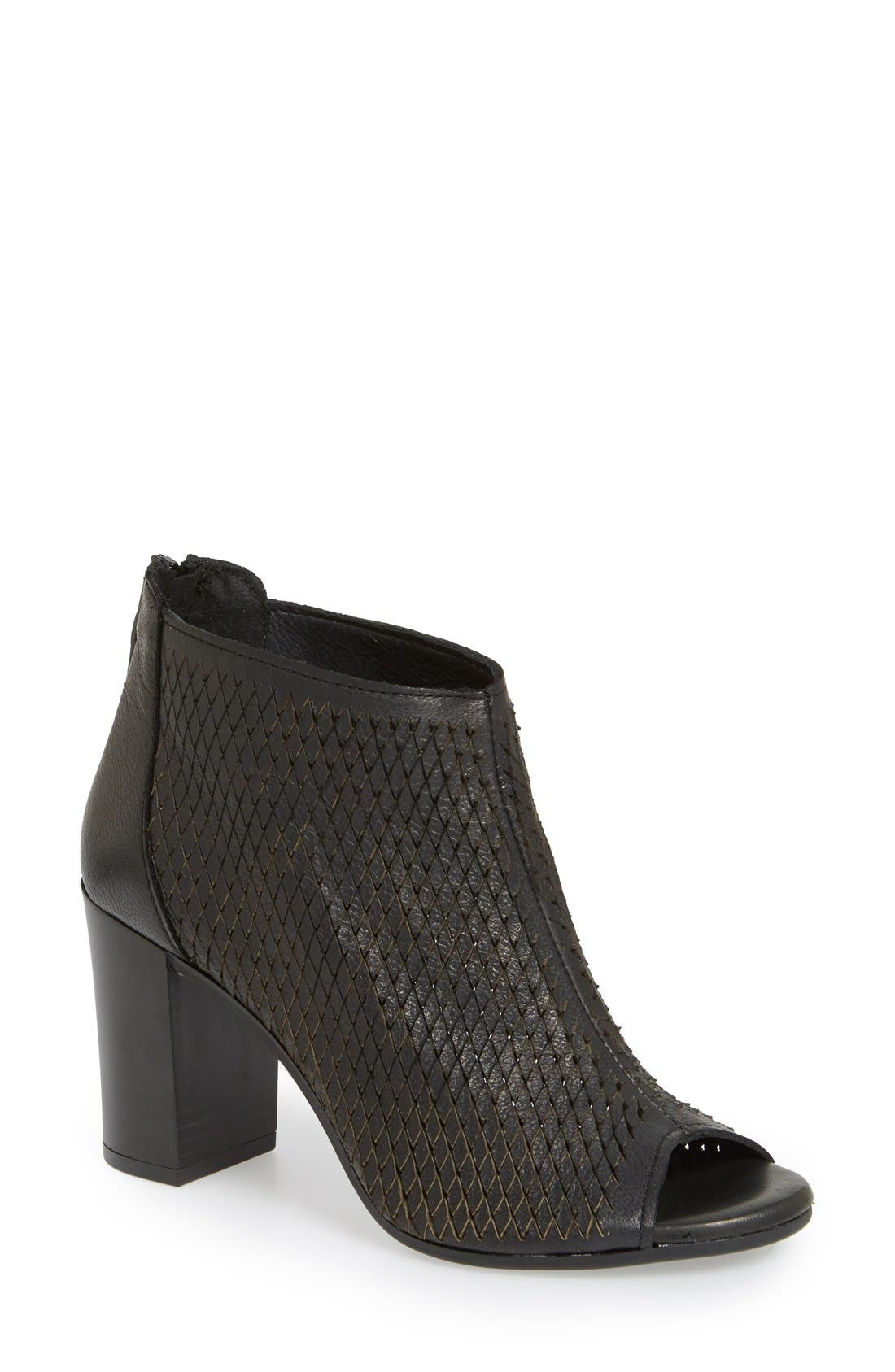 Kenneth Cole New York 'Nina' Open Toe Bootie (Women)