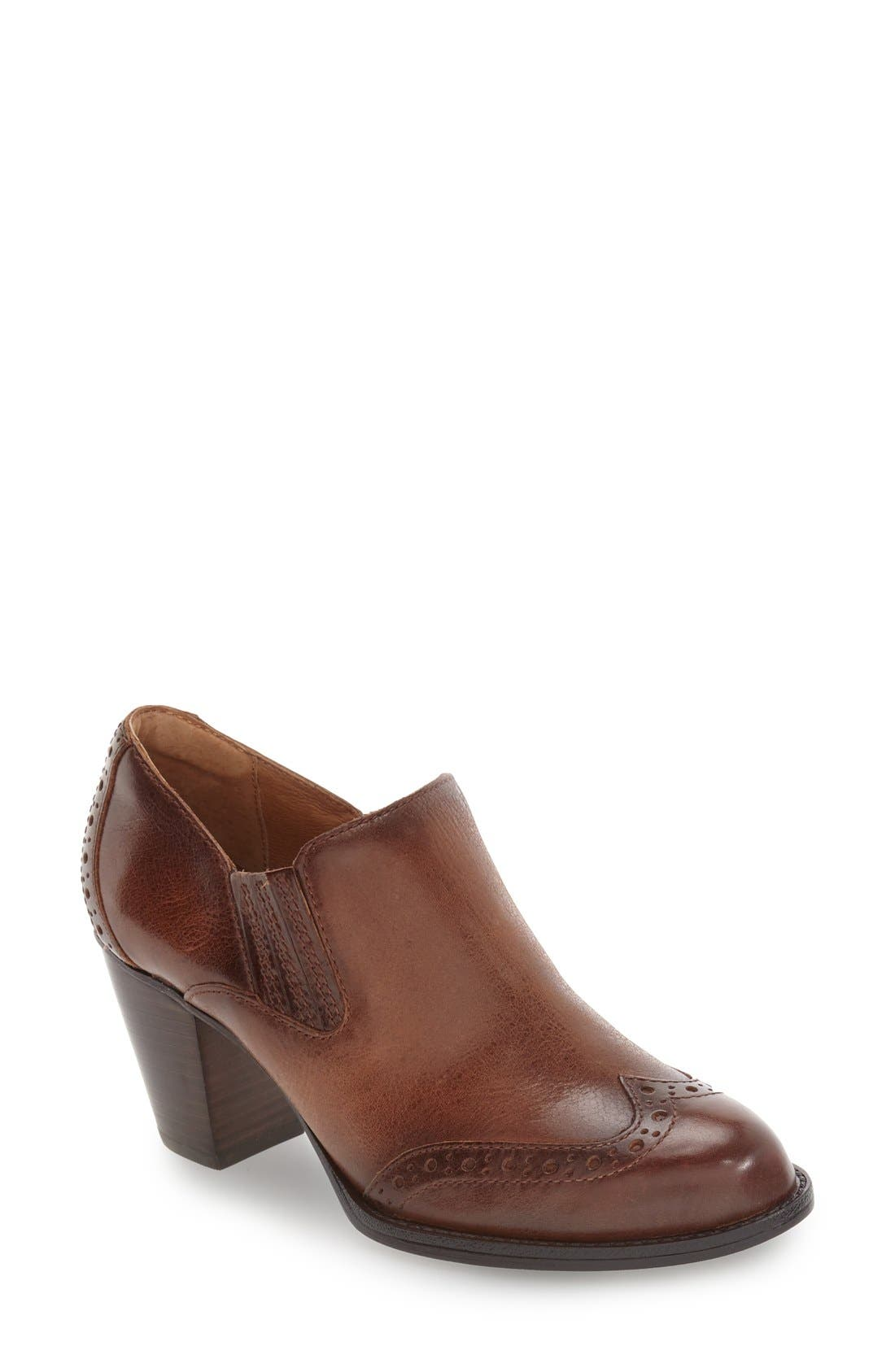 Main Image - Söfft 'Weston' Block Heel Bootie (Women)