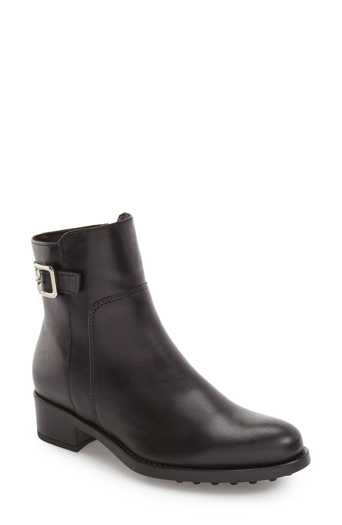 LA CANADIENNE 'Shelby' Waterproof Bootie in Black Leather