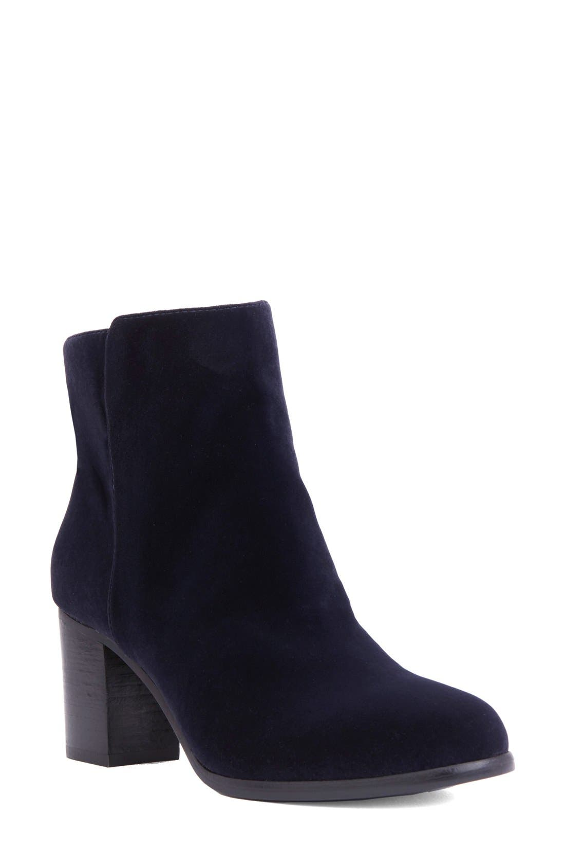 Shoes of Prey Block Heel Bootie (Women)