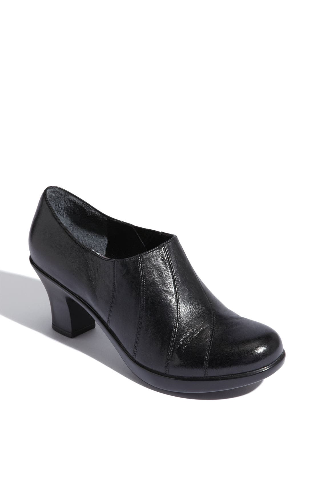 Alternate Image 1 Selected - Dansko 'Bennett' Pump