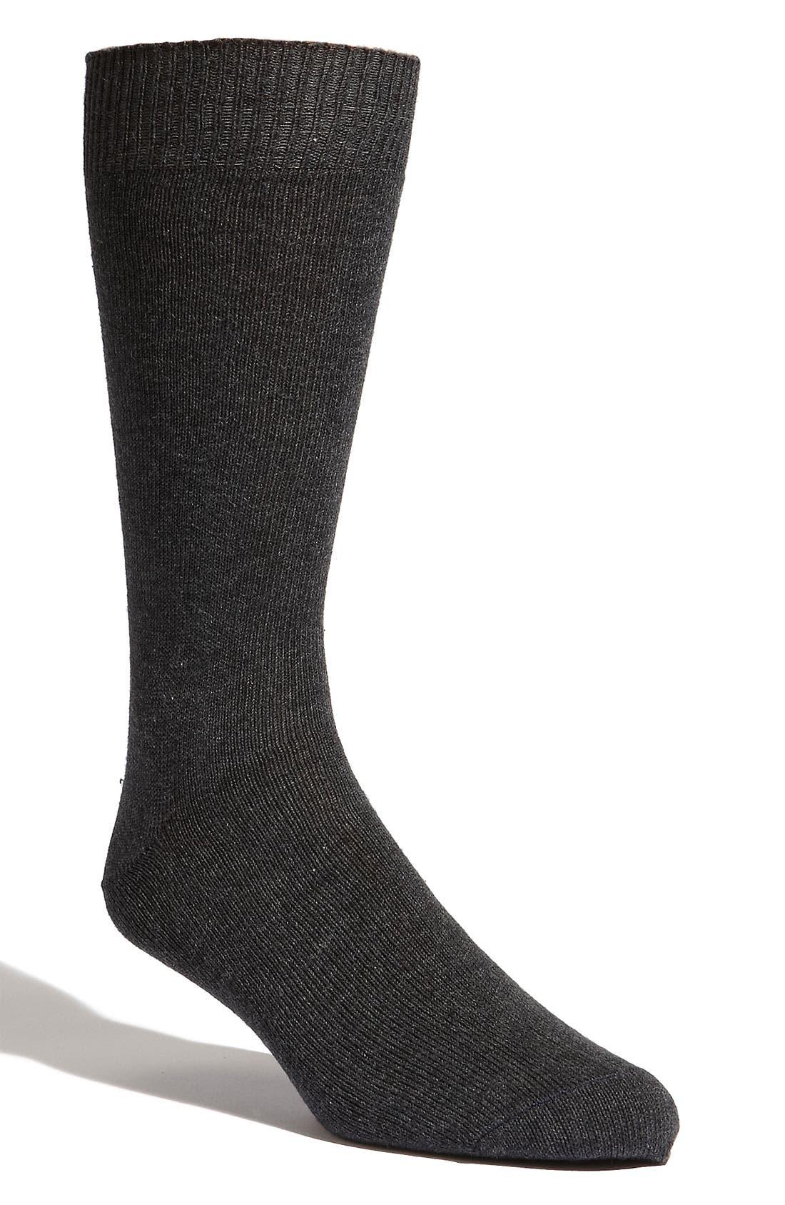 Alternate Image 1 Selected - Lorenzo Uomo 'Giza' Socks