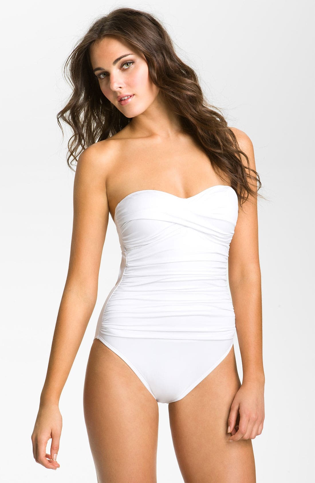 Main Image - La Blanca Shirred Back Keyhole One Piece Swimsuit