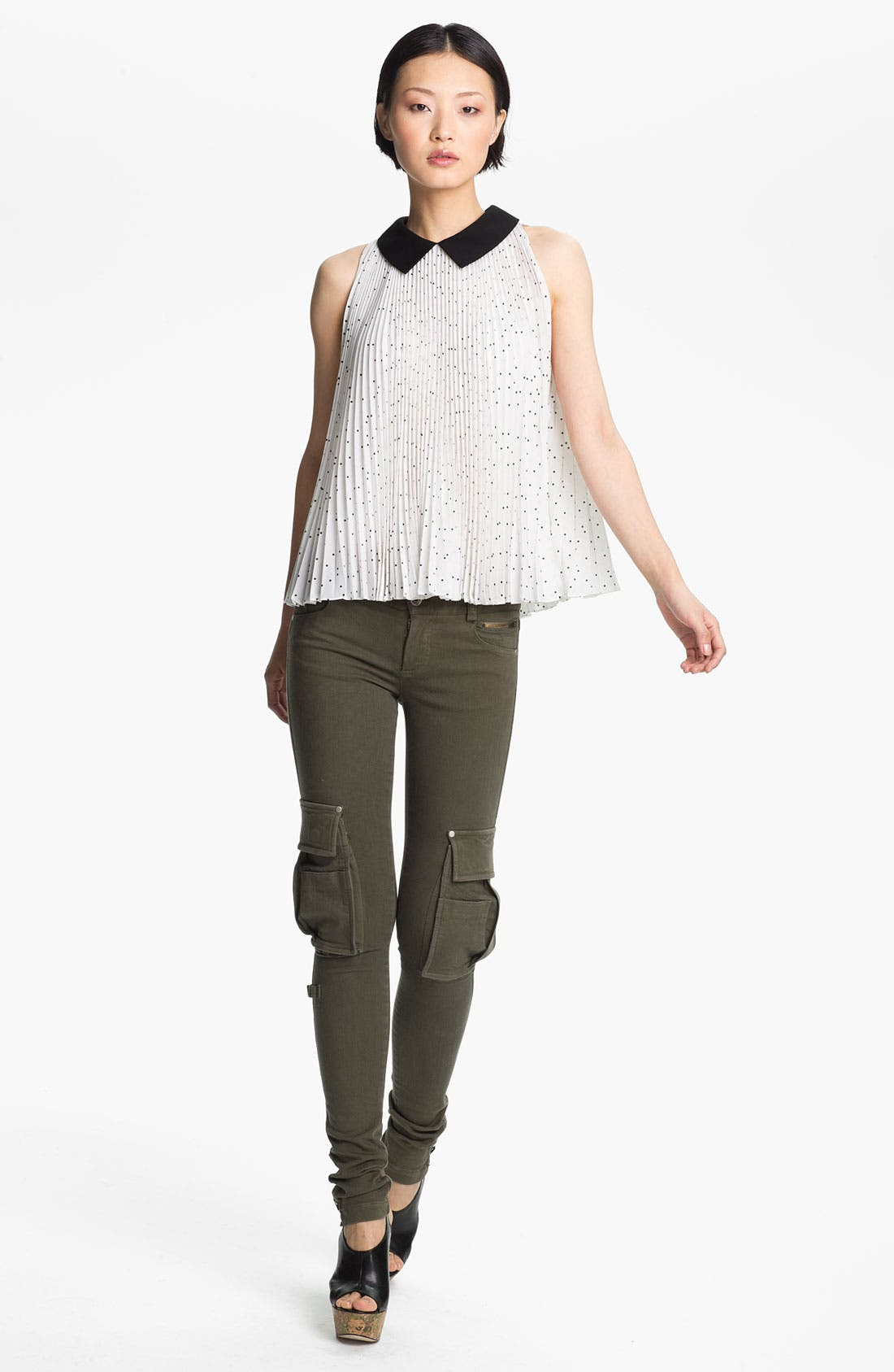 Alternate Image 1 Selected - Alice + Olivia 'Mayre' Pleated Silk Trapeze Blouse